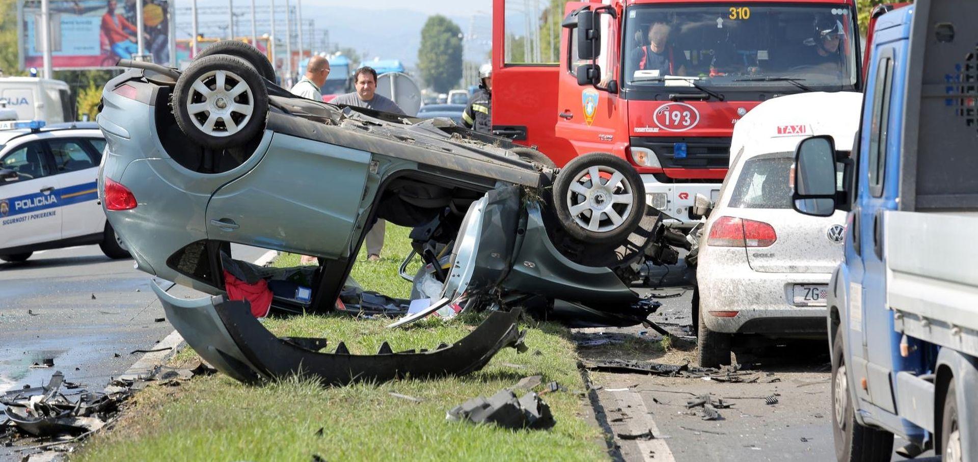 NOVI DETALJI Izazvao tri nesreće na Aleji Bologne i pokušao pobjeći