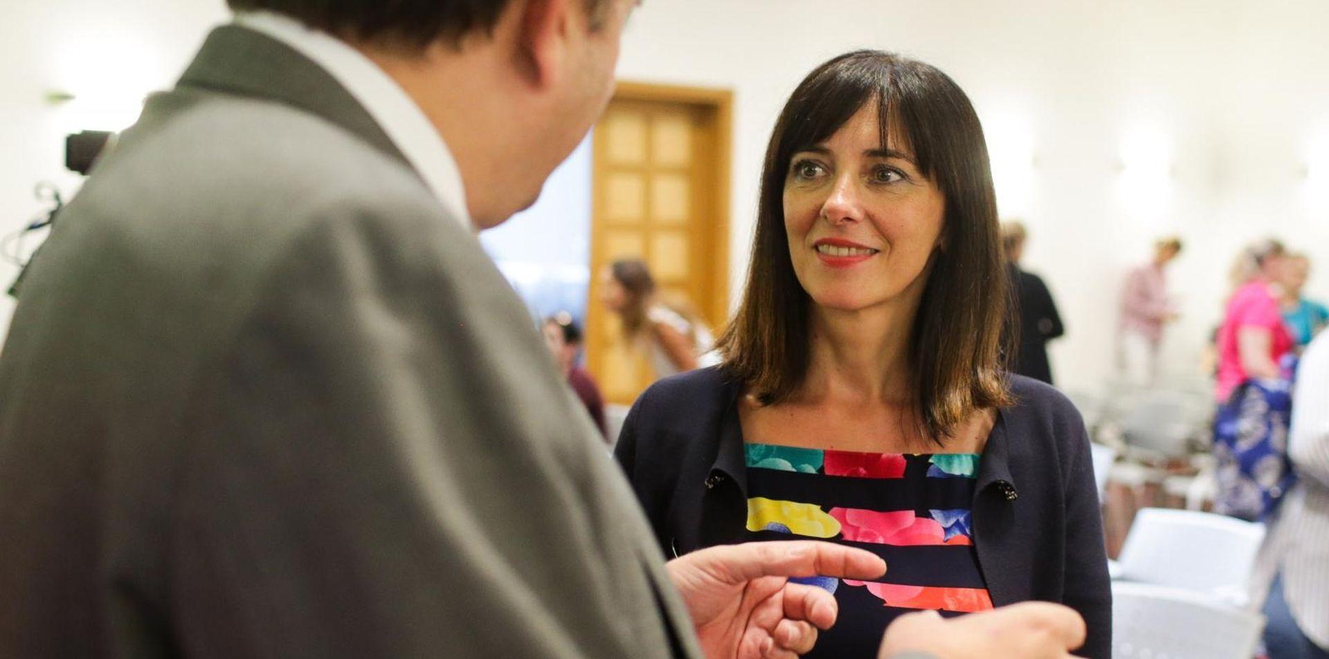 Ministrica Divjak posjetila školu u Vukomercu