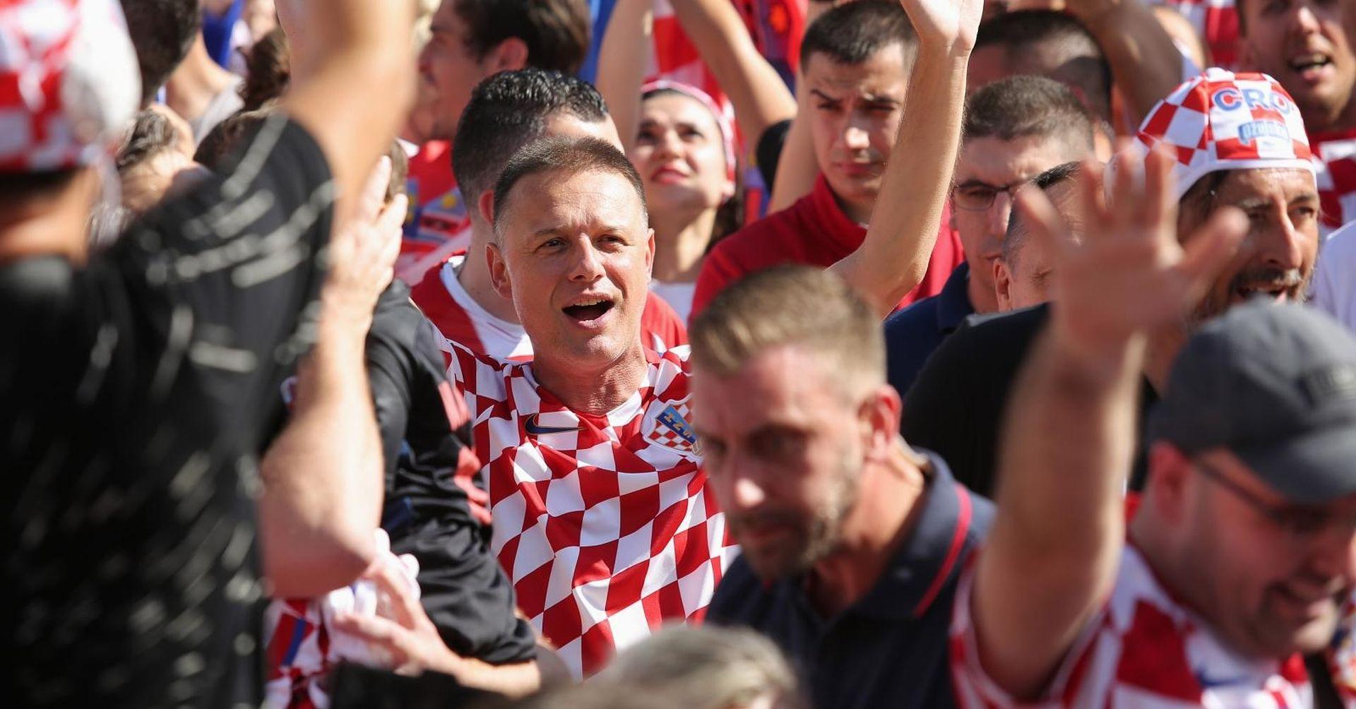 """I JANDROKOVIĆ ČESTITAO MODRIĆU """"To je kruna vrhunskih sportskih rezultata"""""""