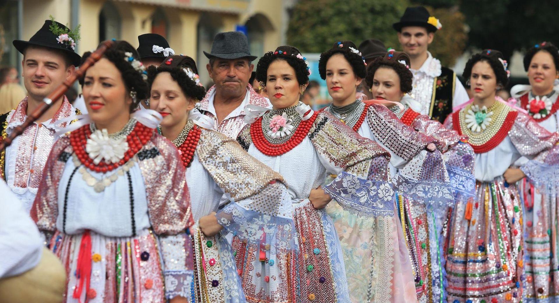 Tijekom 53. Vinkovačkih jeseni u gradu 150.000 posjetitelja