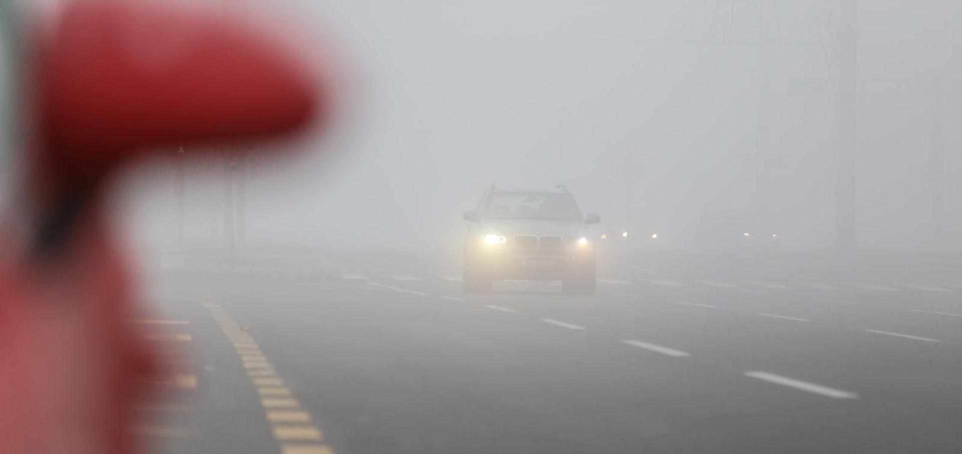 Magla smanjuje vidljivost u unutrašnjosti