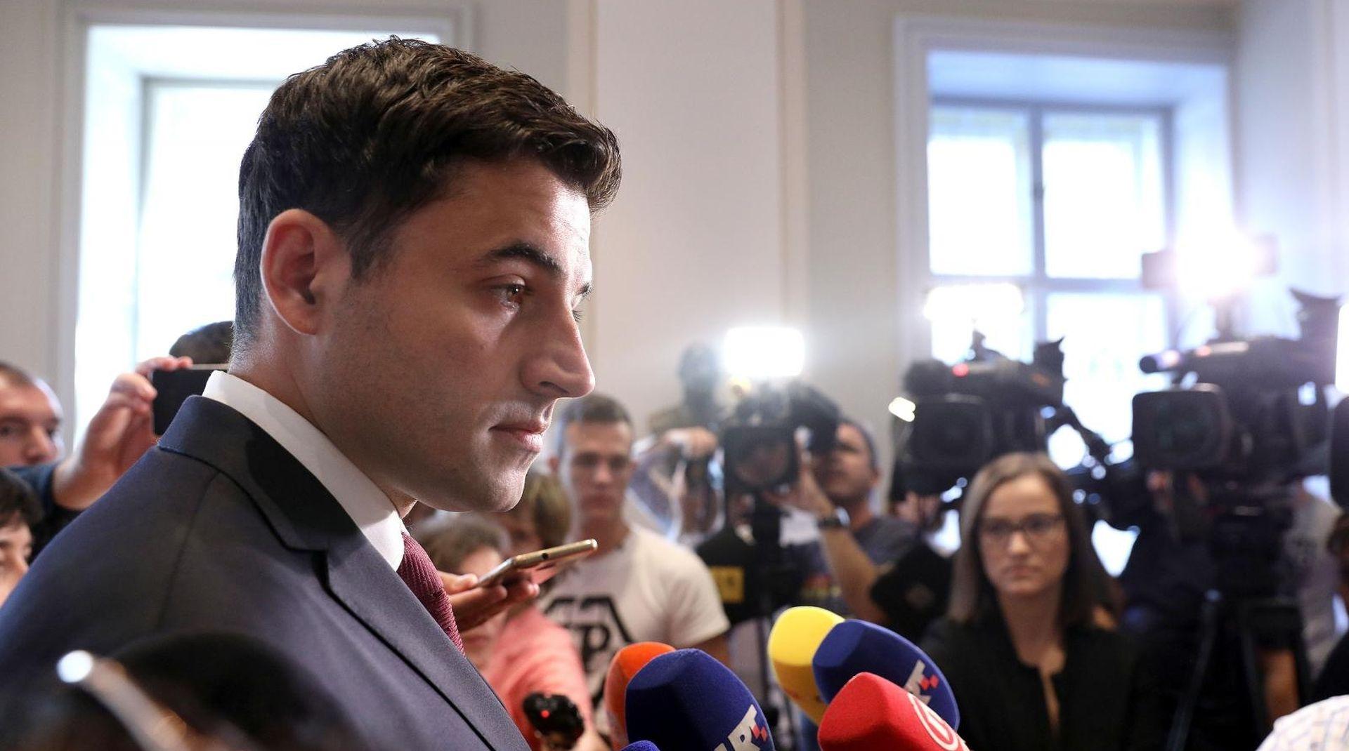 "BERNARDIĆ ""Neću dopustiti da izruče SDP HDZ-u"""