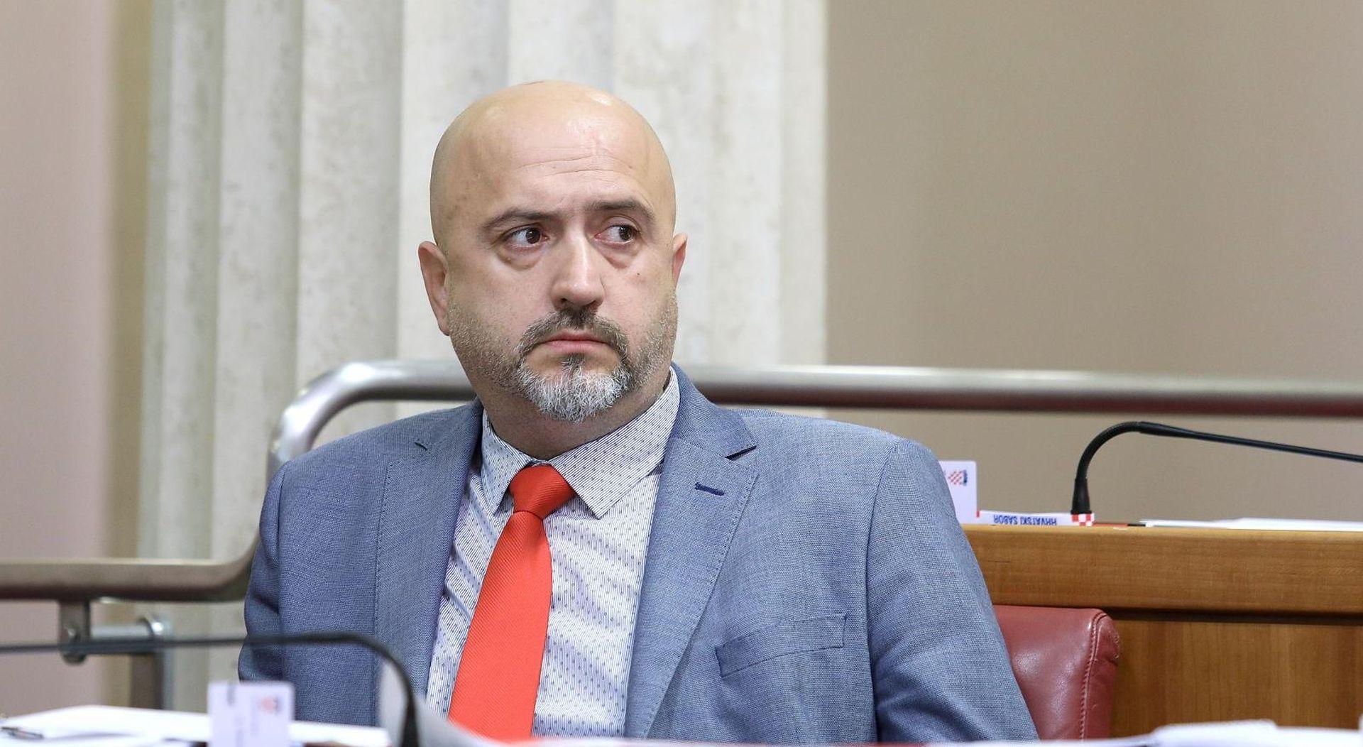 Danas se okupljaju SDP-ovci, žele smjenu Bernardića