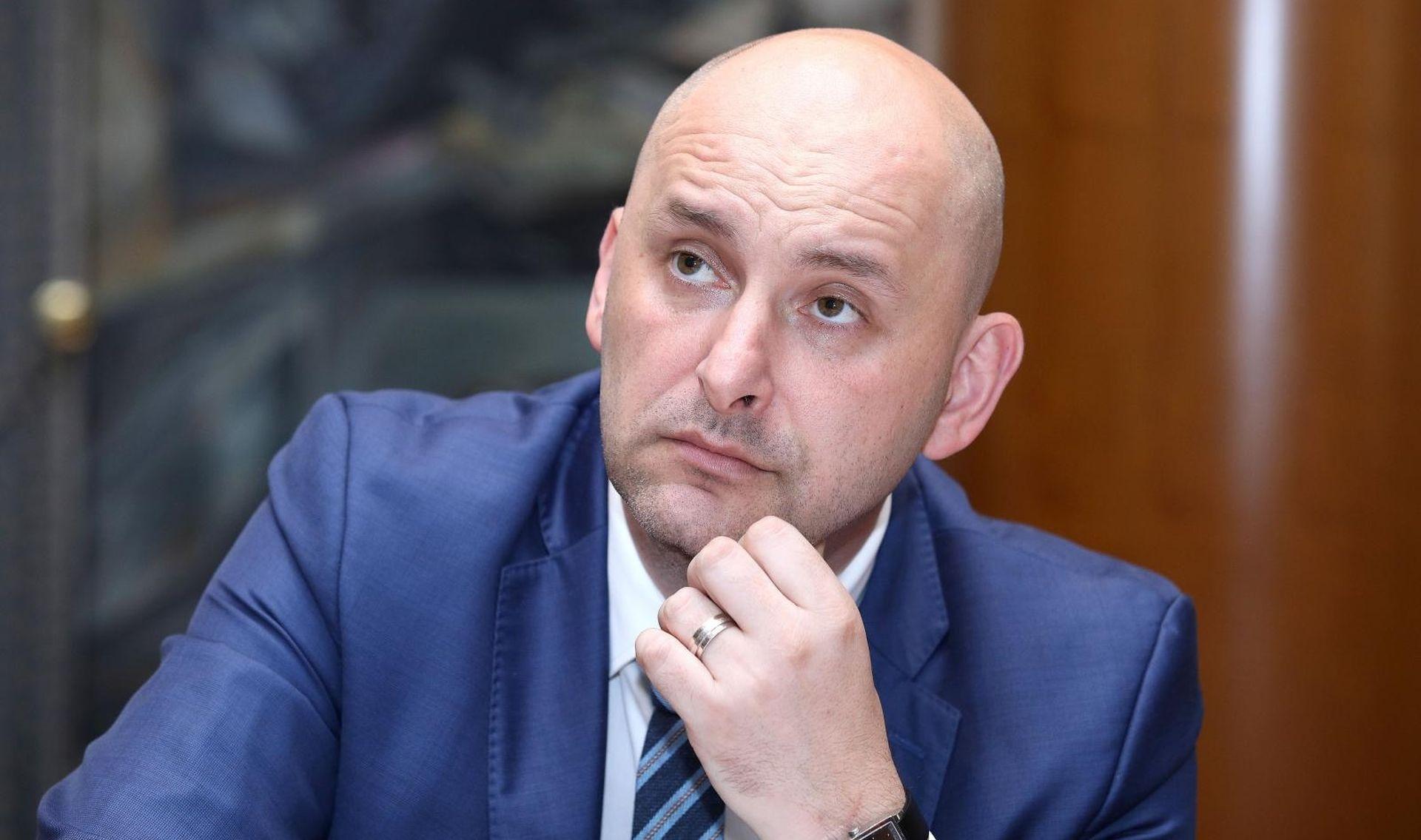 OTKRIVAMO Tolušićevi vozači u radnom odnosu, Curić s ugovorom o djelu – iznimka