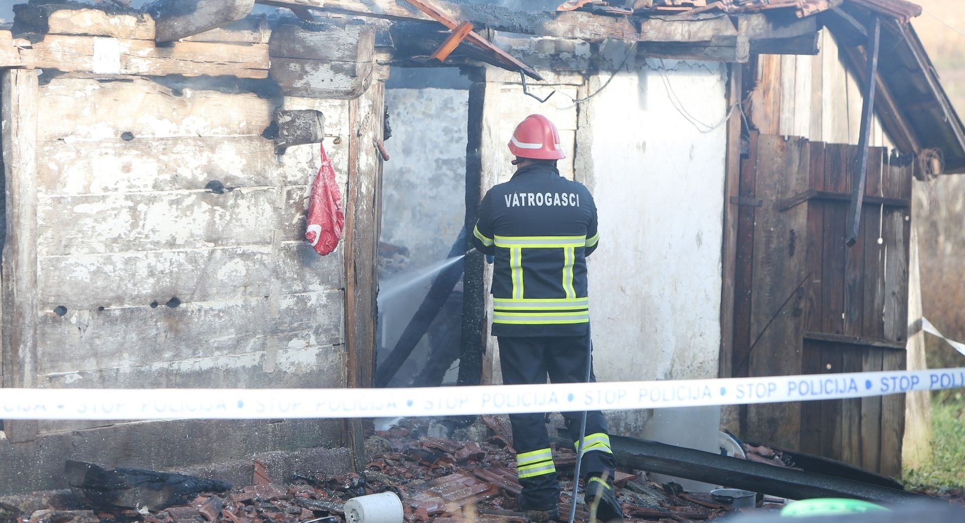 Starac smrtno stradao u požaru kuće u Kupljenskom