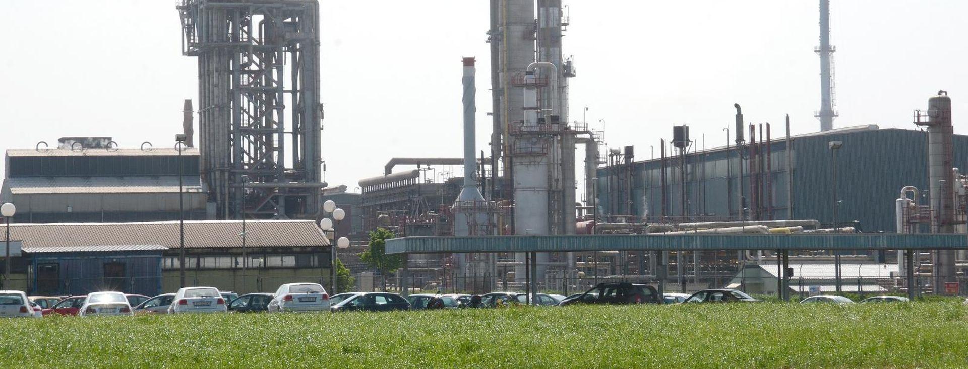 Sva Petrokemijina postrojenja rade nakon saniranja kvara