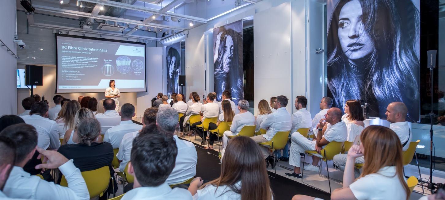 FOTO: Schwarzkopf na predavnju predstavio novu liniju za njegu kose