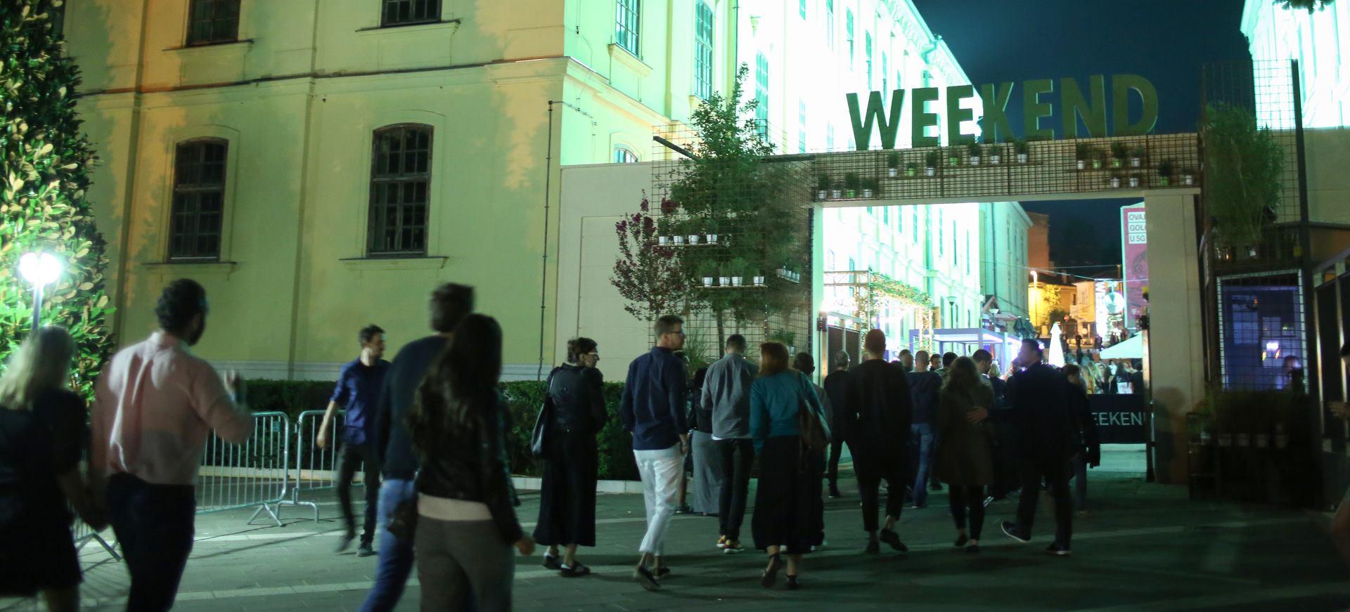 FOTO: Nastupom belgijskog dua 2manydjs zatvoren Weekend Media Festival