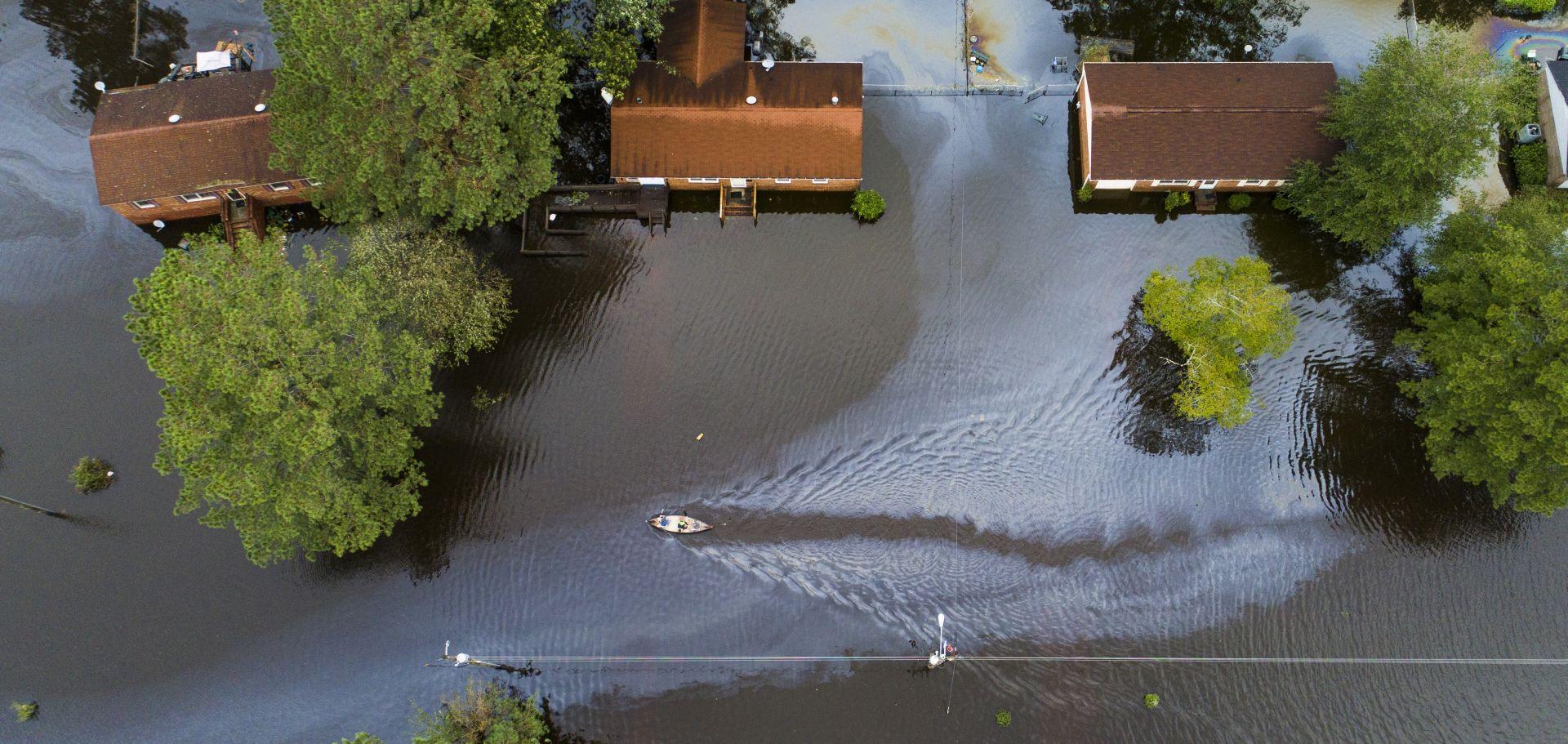 VIDEO Florence: 8 mrtvih, poplave, klizišta i tornada