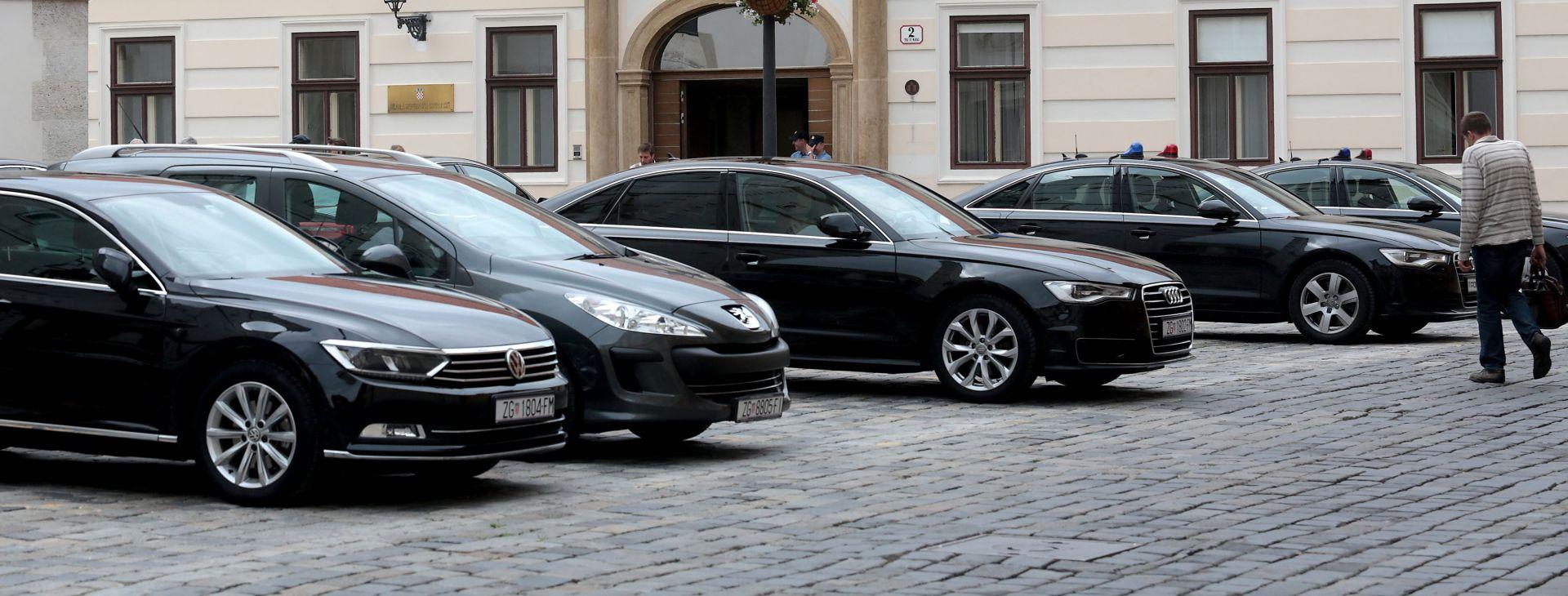 Država kupuje 289 vozila za 40,34 milijuna