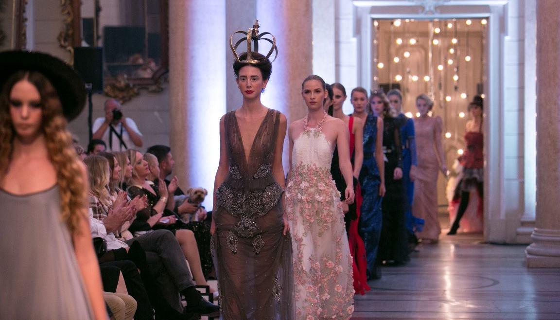 FOTO: Extravagant Gala u prekrasnoj atmosferi Guvernerove palače