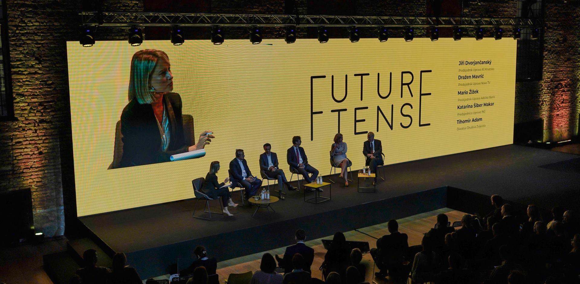 """FUTURE TENSE """"Računala će postati inteligentnija, no razvijajte kreativnost, osobine i kvalitete"""""""