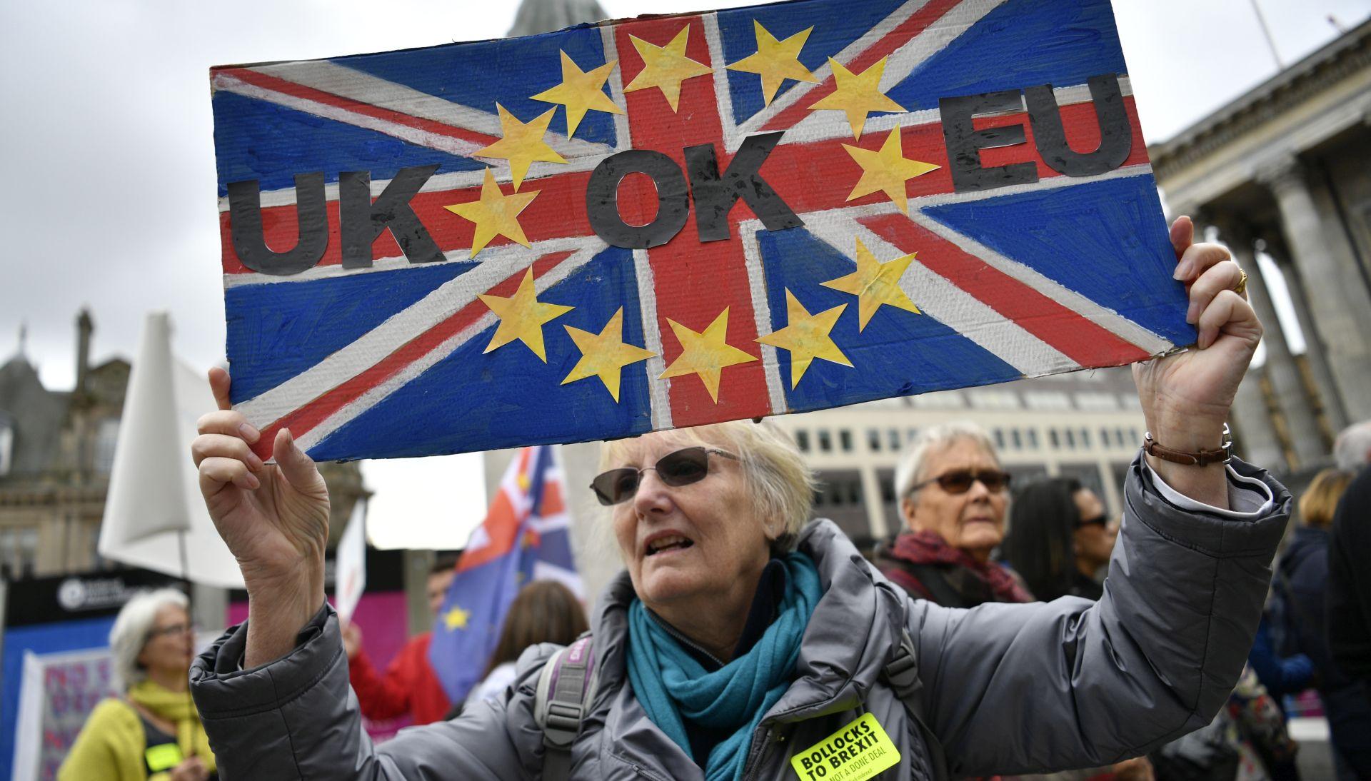 ANKETA Tanka većina Britanaca protiv brexita
