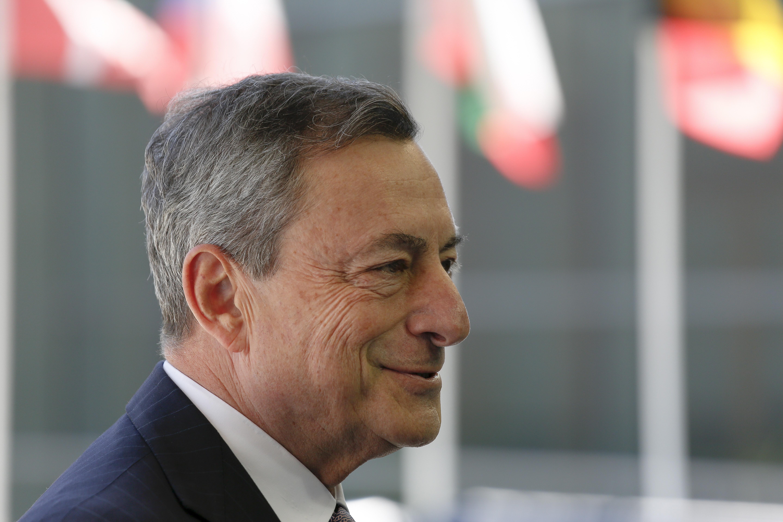 DRAGHI 'Italija treba prestati preispitivati euro'