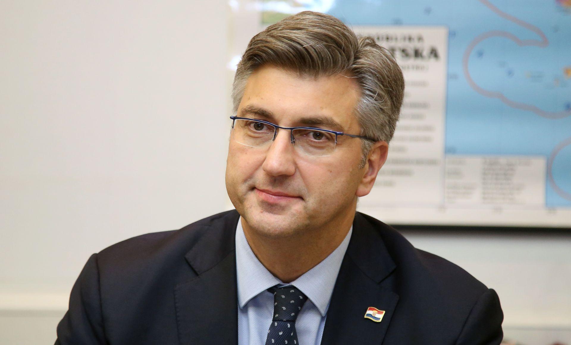 "Plenković novinarki RTL-a: ""Slatki ste"""