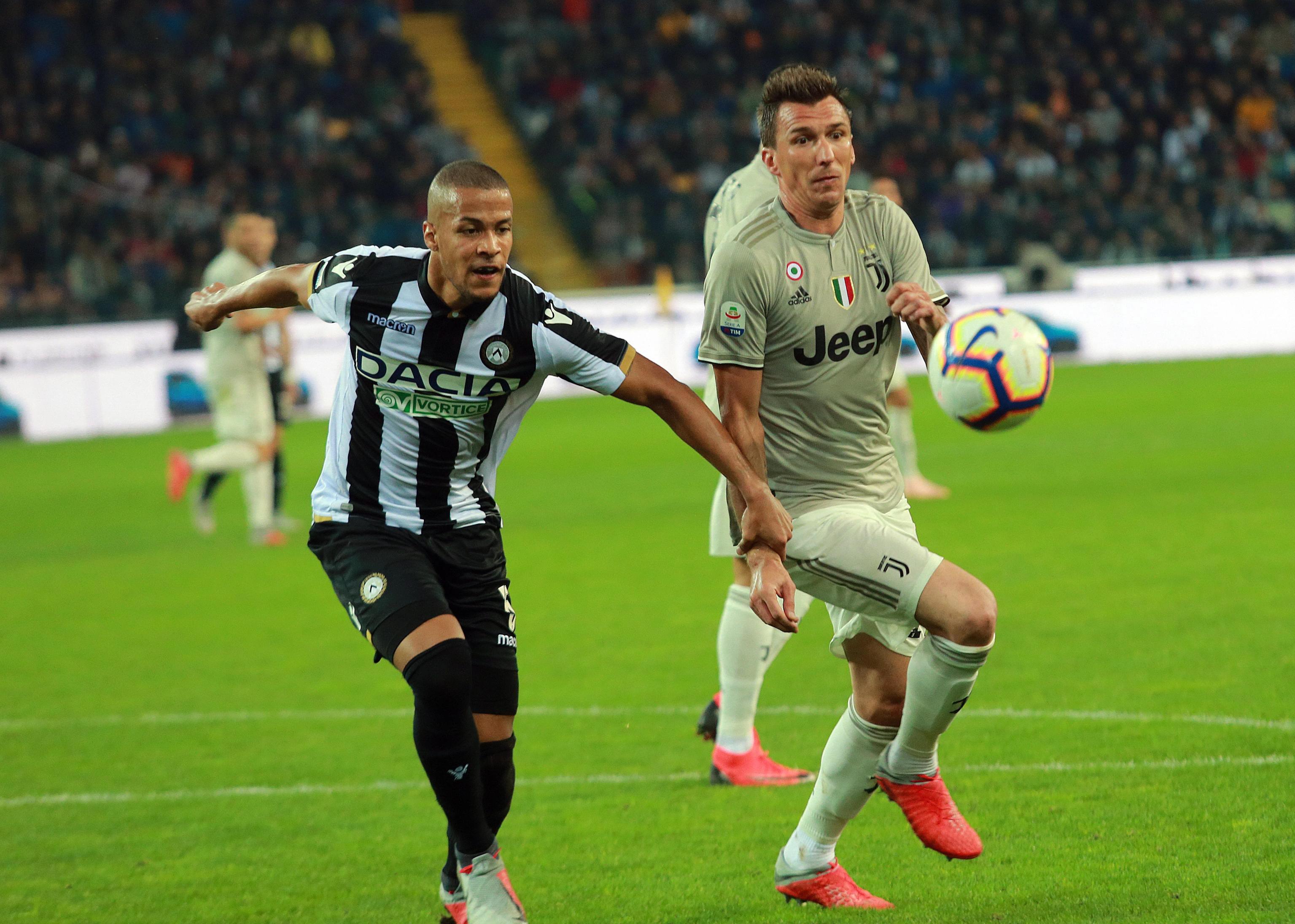 Juventus stopostotan, asistencija Mandžukića