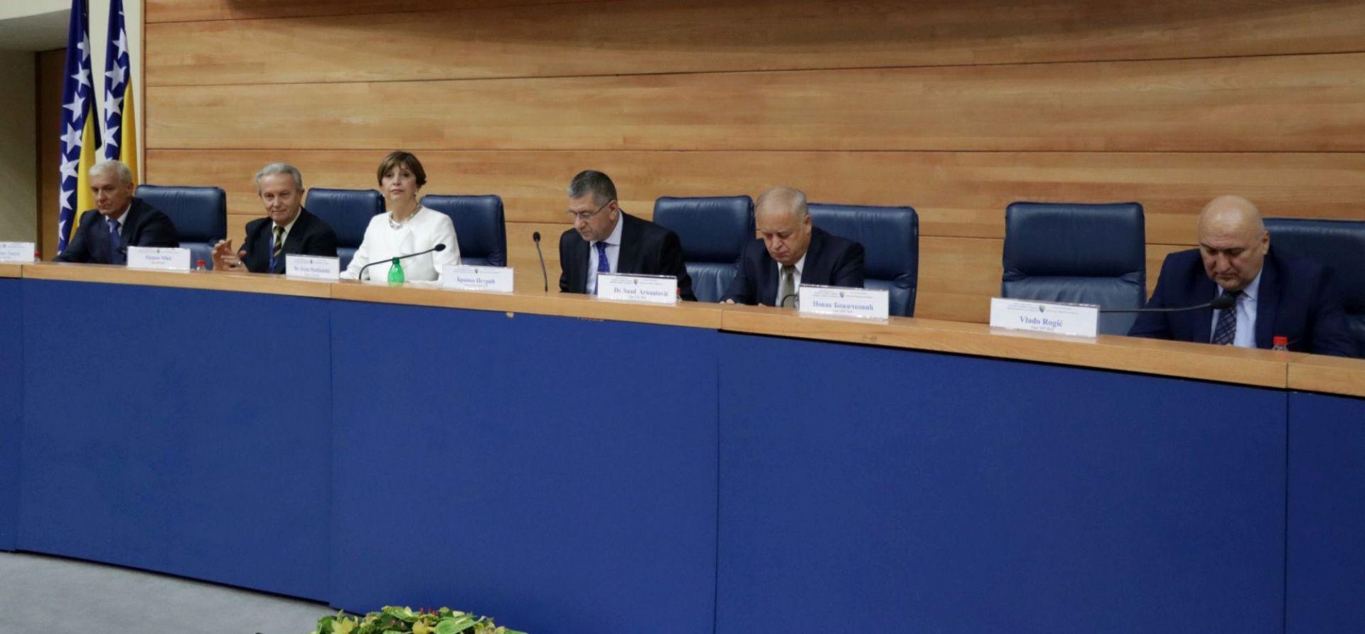 IZBORI U BIH HDZ od Izetbegovića dobio ponudu za koaliranje