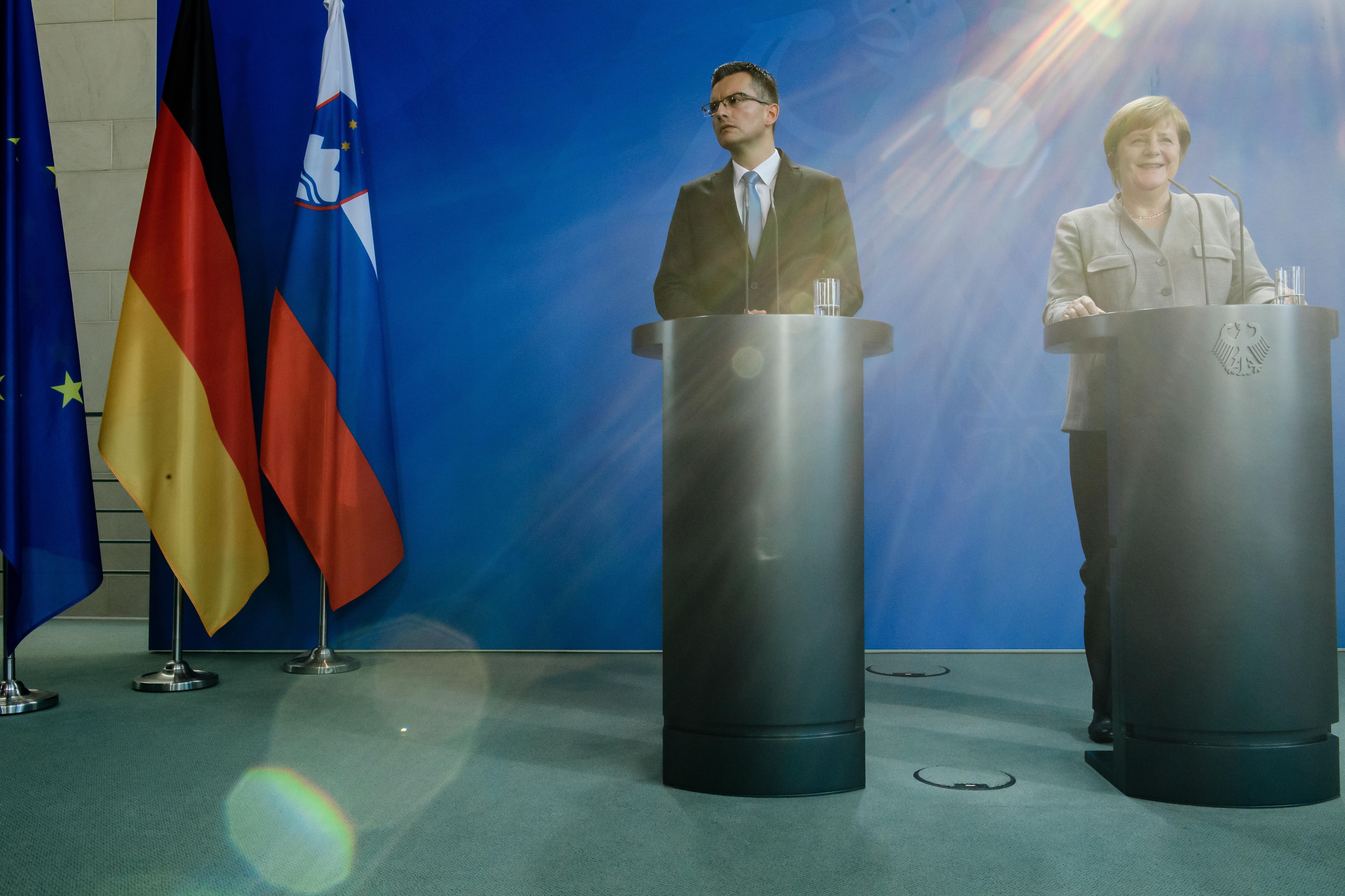 Merkel nudi pomoću hrvatsko-slovenskoj arbitraži