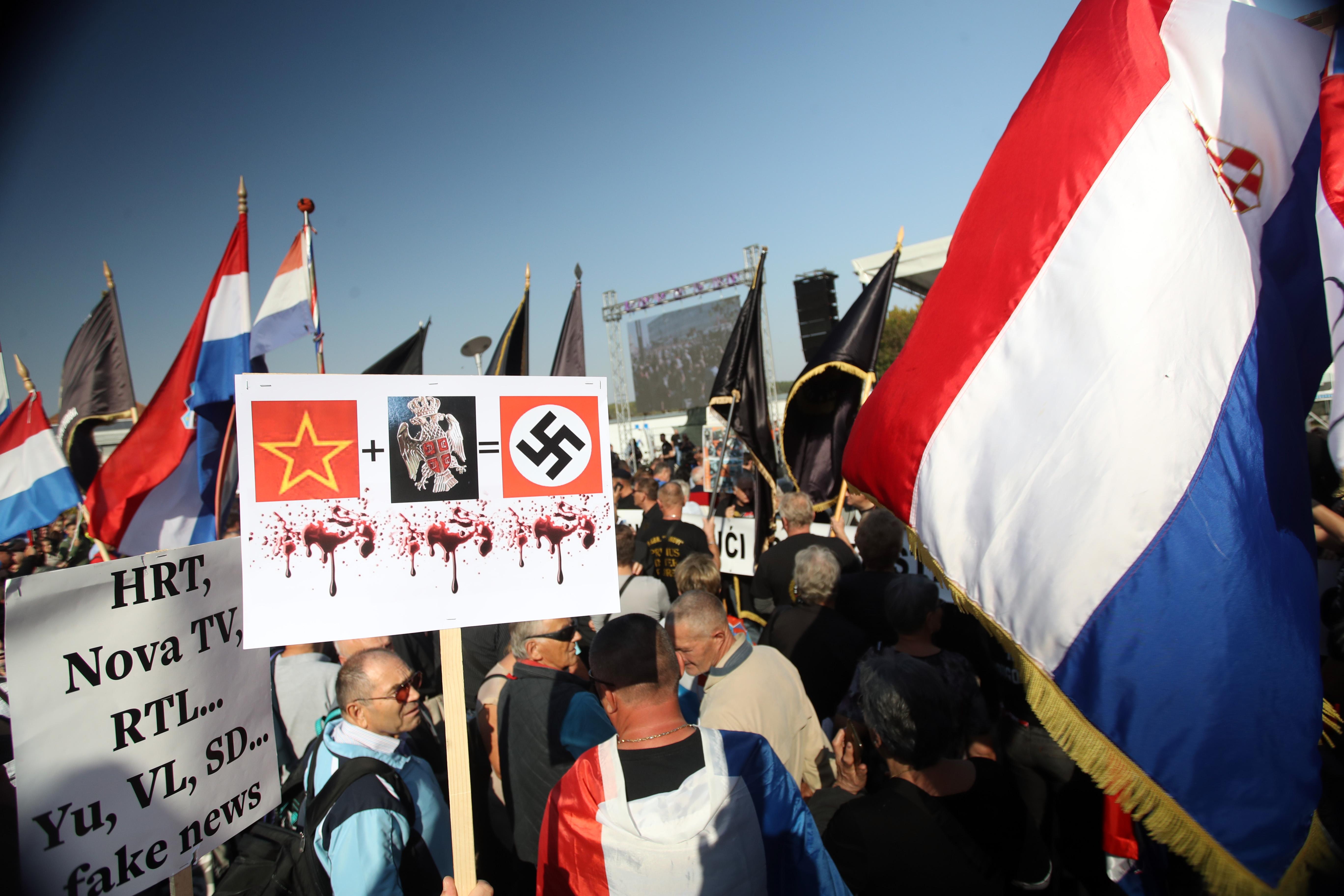Tisuće ljudi u Vukovaru, najavljen novi prosvjed
