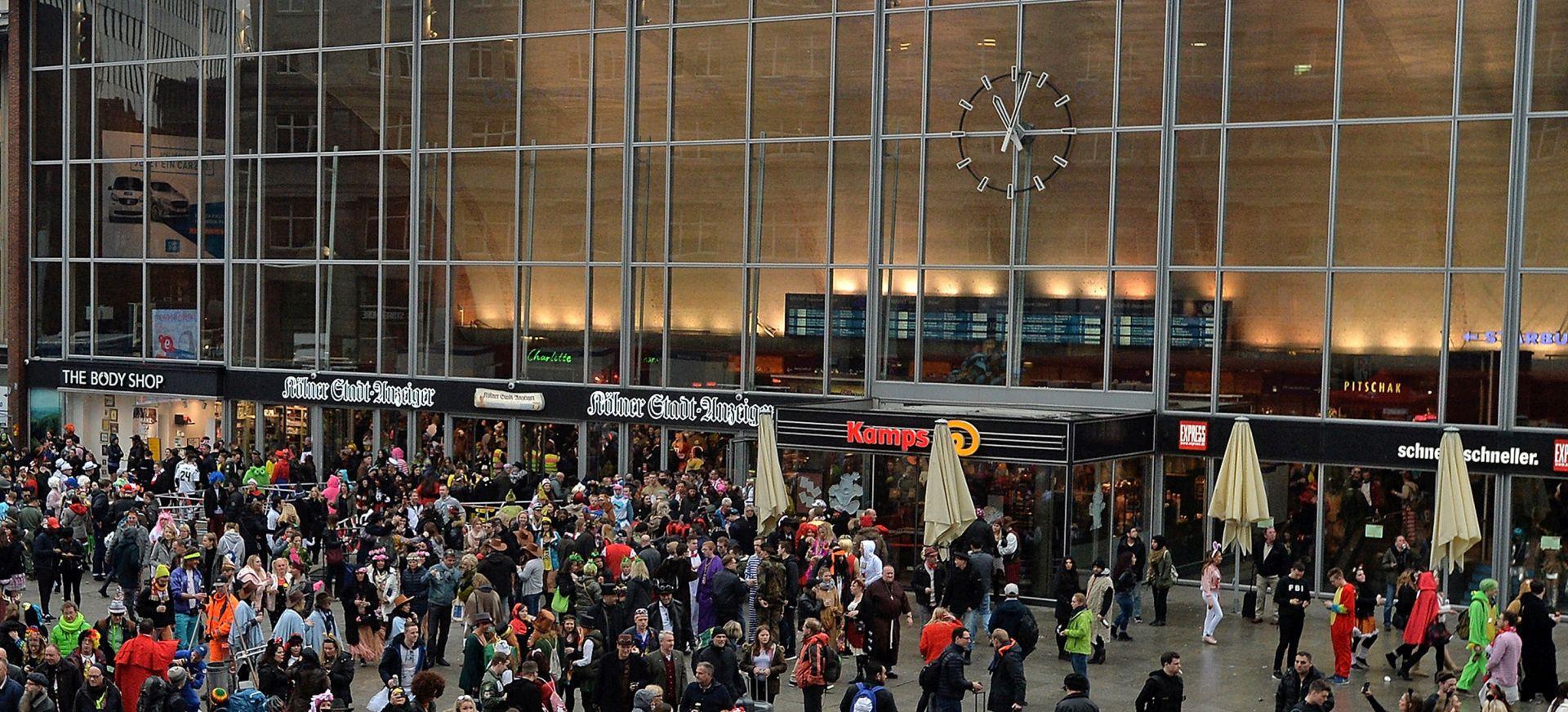 Završena talačka kriza u Kölnu, napadač 'pod kontrolom'
