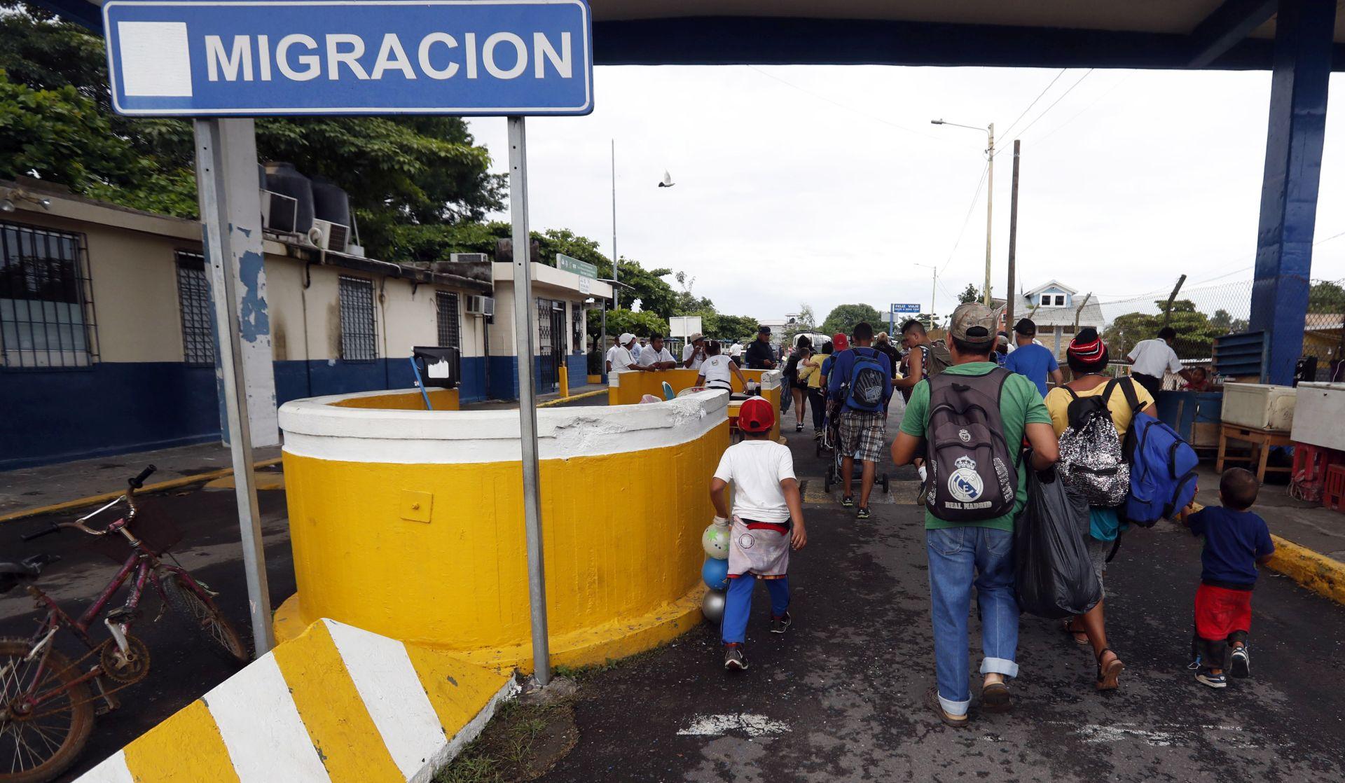 Migrantska karavana napreduje prema SAD-u