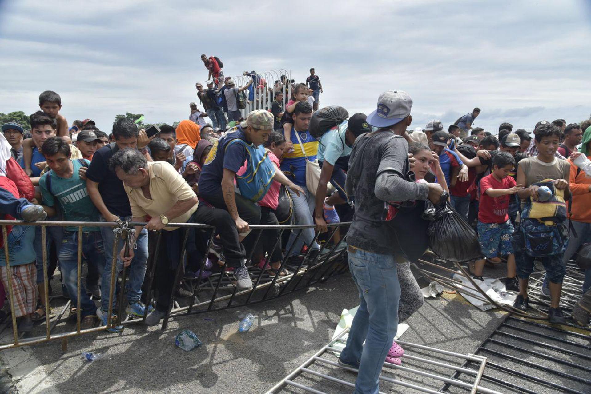 Troje umrlih u karavani migranata prema SAD-u