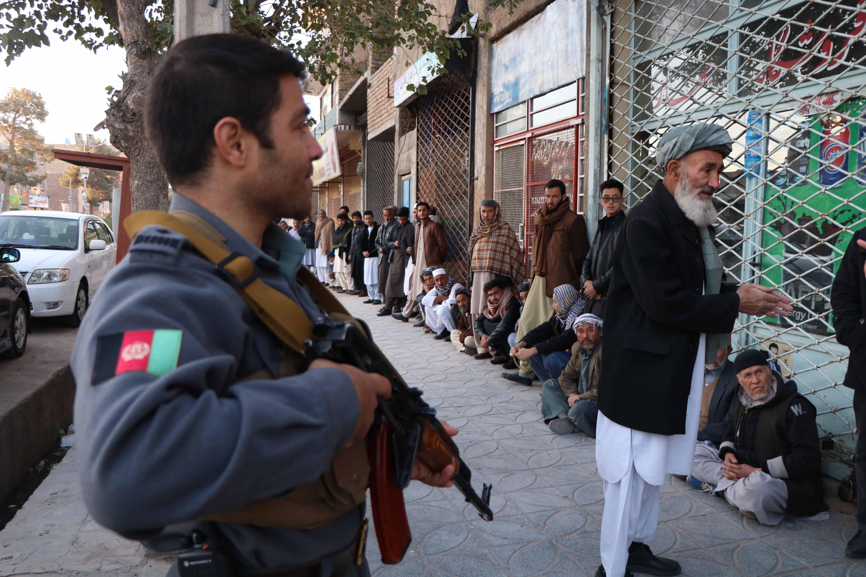 Dvadesetak osoba ubijeno na biralištima u Afganistanu