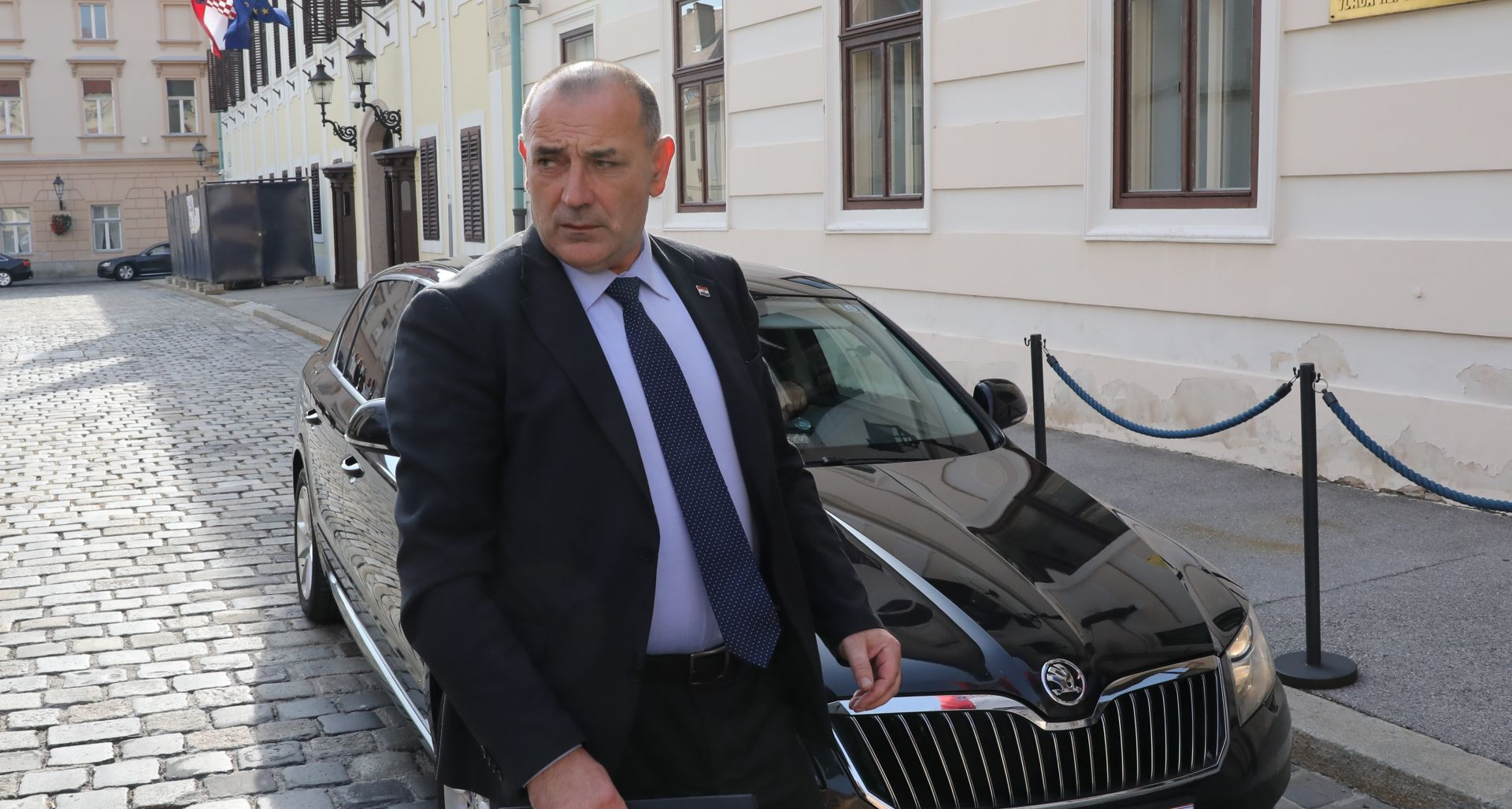 "MEDVED ""Sanader nema status hrvatskog branitelja"""