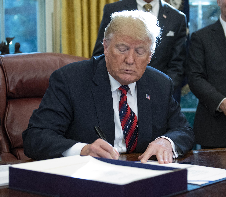 Trump žali zbog utjecaja paketa-bombi na dinamiku republikanaca