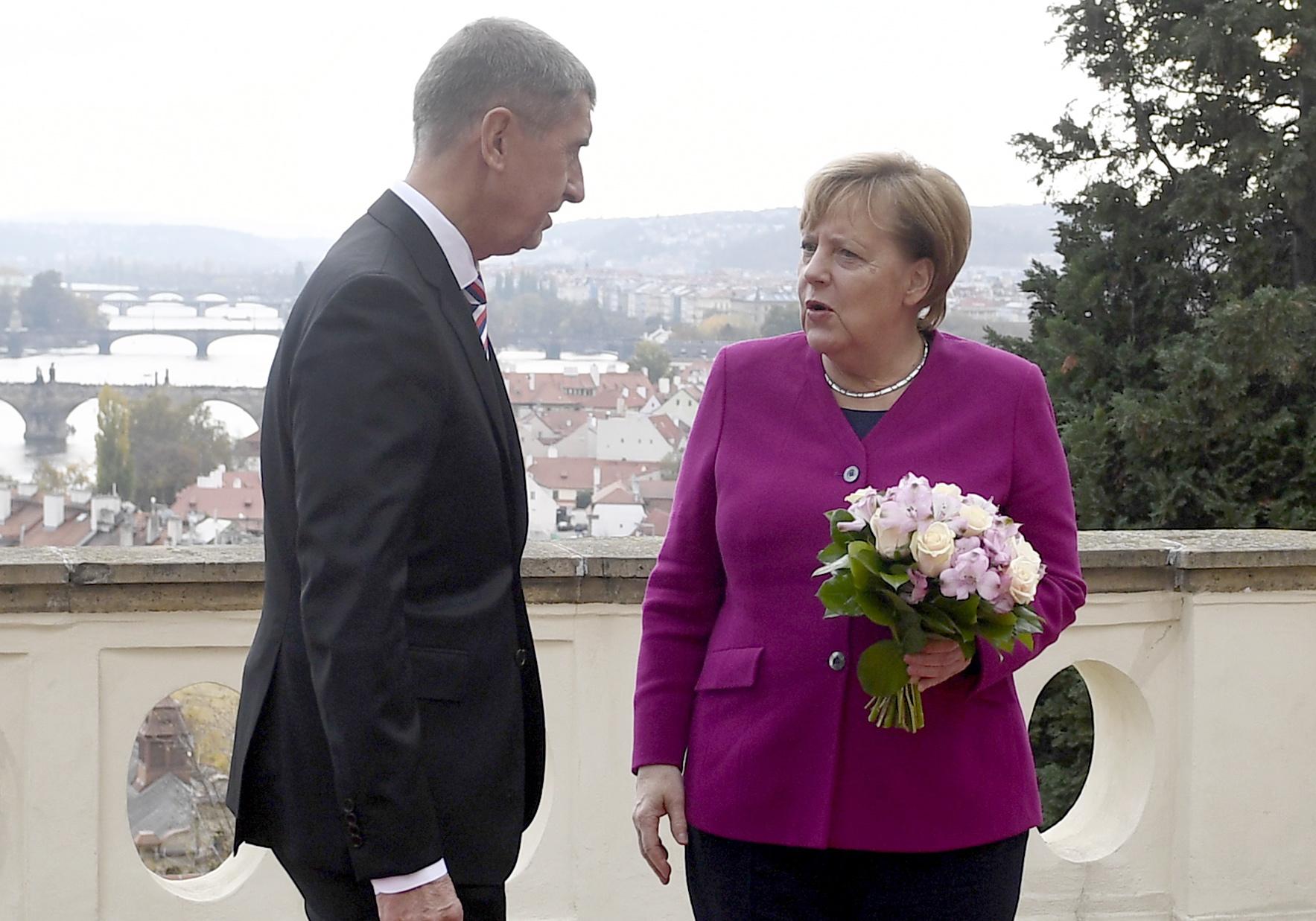 Merkel potvrdila da neće dopremati oružje Saudijskoj Arabiji