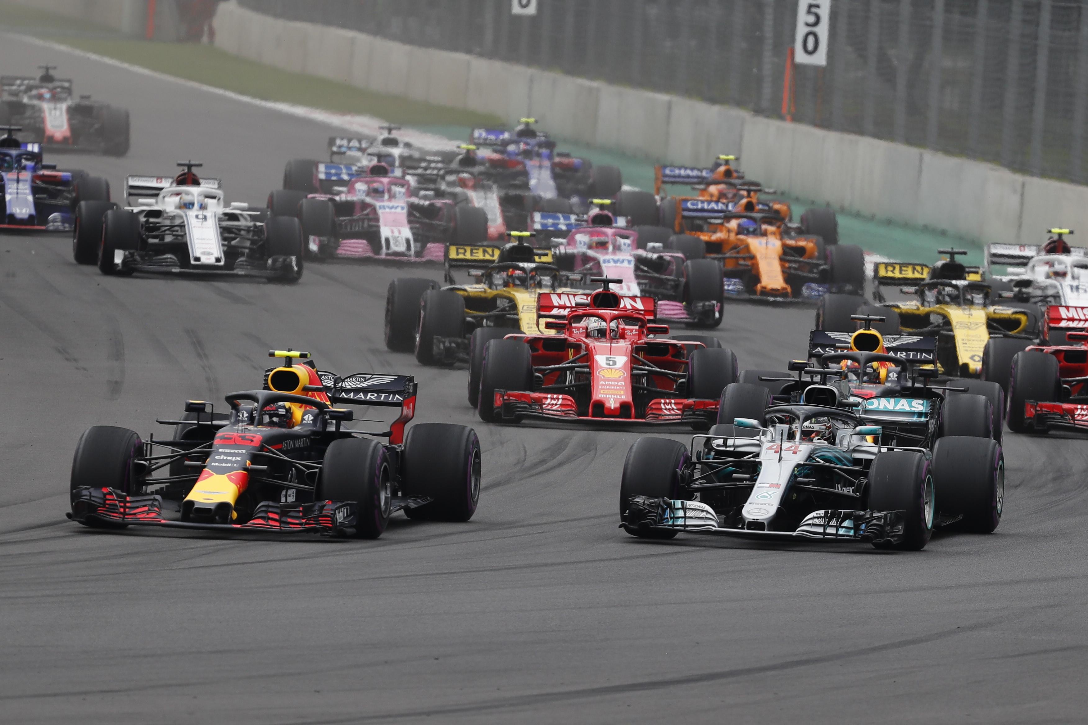 FORMULA 1 Lewis Hamilton osigurao peti naslov