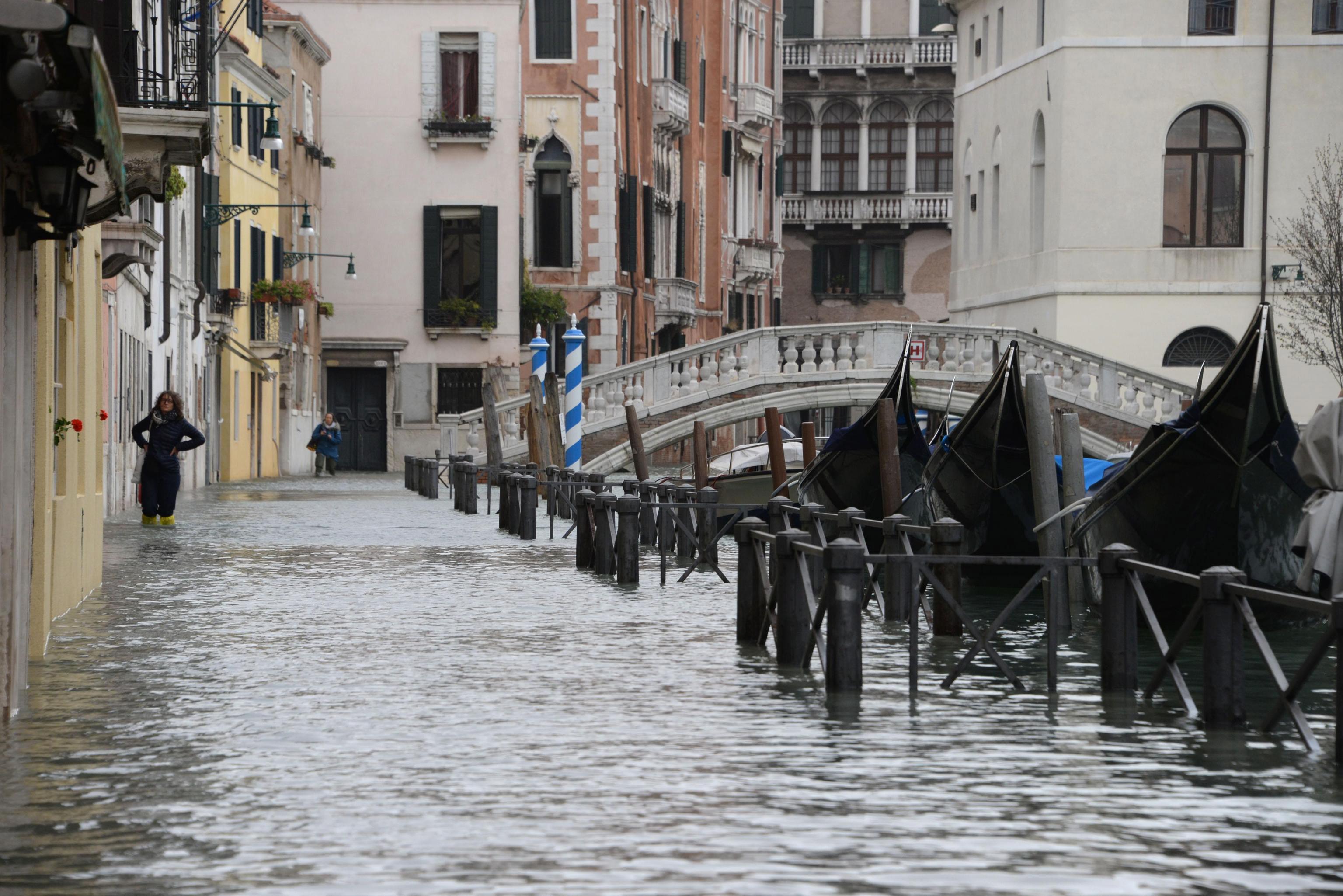 ITALIJA Petero mrtvih u oluji, Venecija pod vodom
