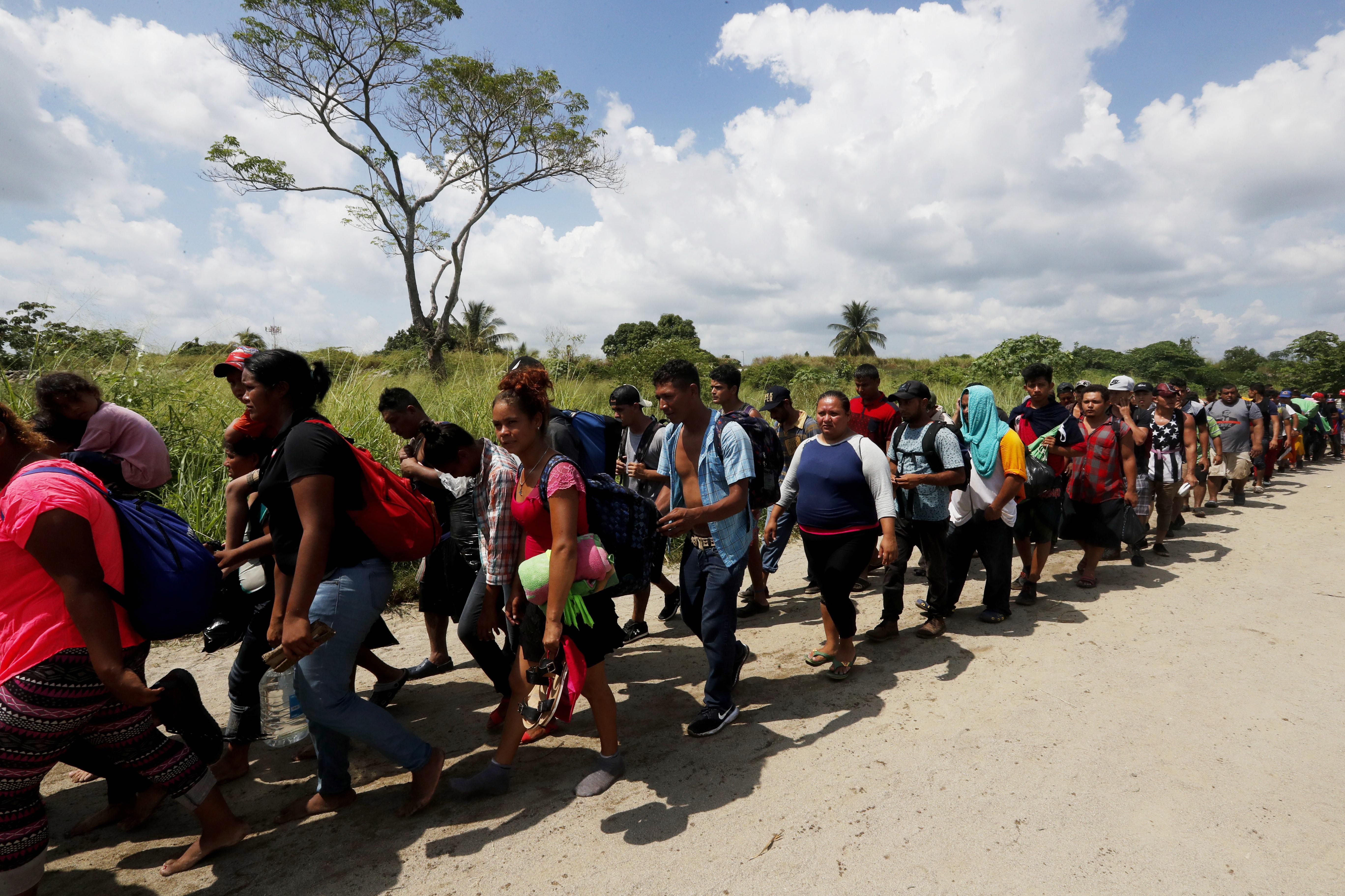 KARAVANA MIGRANATA Više od 5.000 američkih vojnika na meksičkoj granici