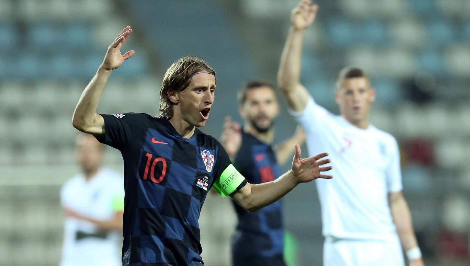 """MODRIĆ """"U nogometu su najvažniji glava i inteligencija"""""""
