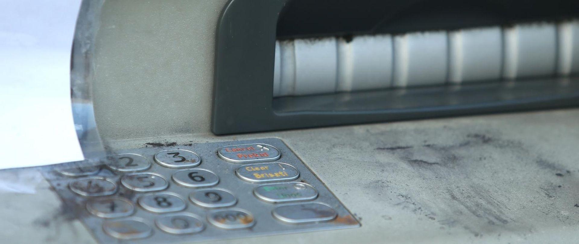 U Taru eksplozivom raznijeli bankomat