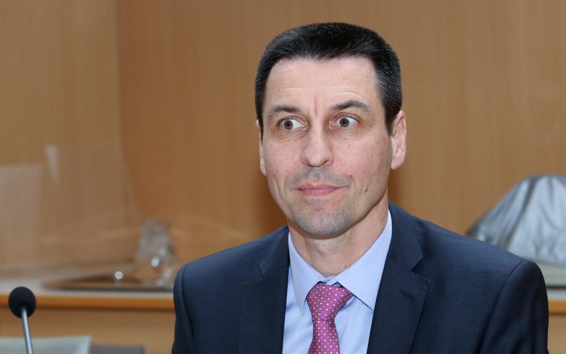 'OTVORENO' Ilčić Kuščevića optužio da je on krivotvorio potpise