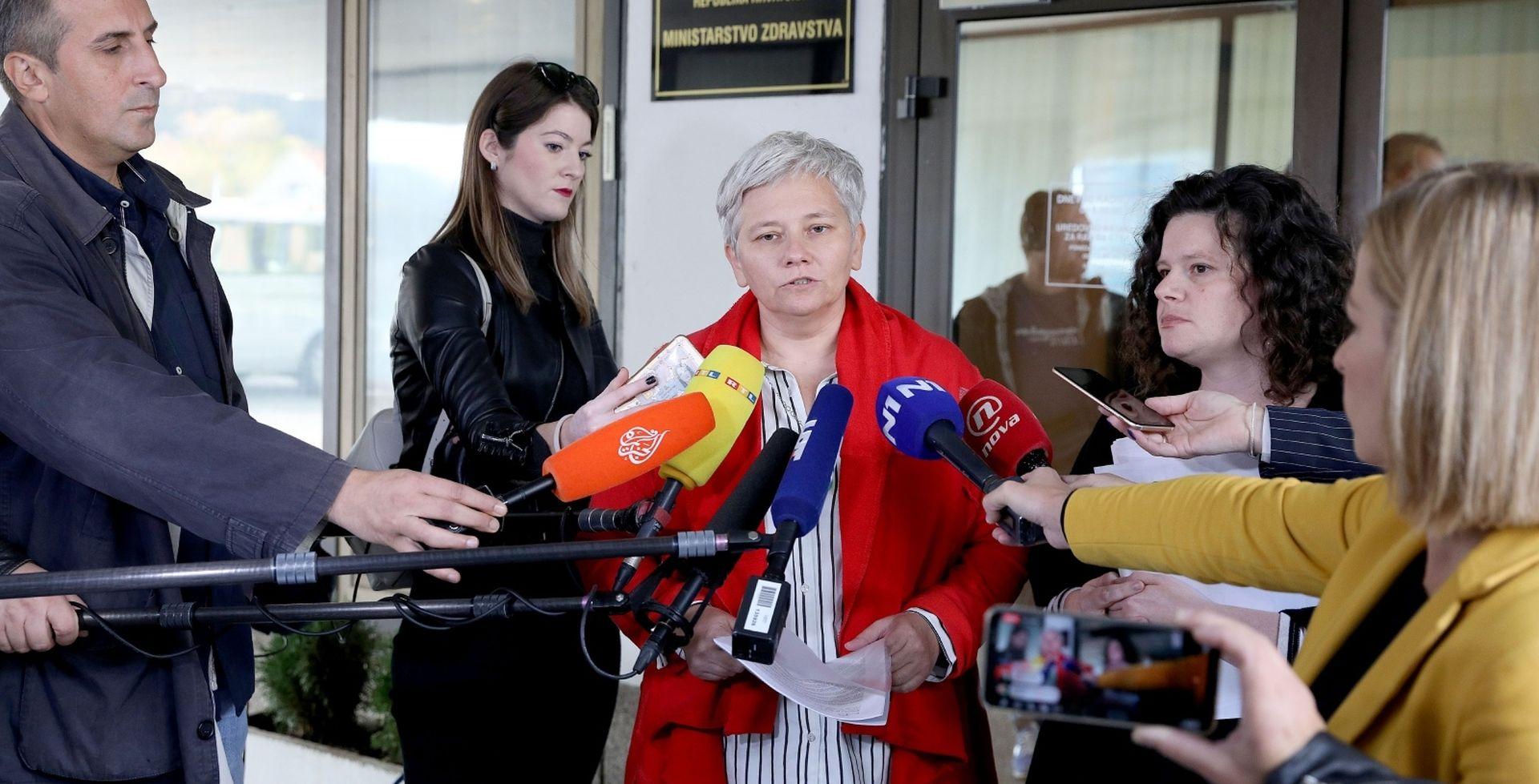 Udruga RODA predala 400 horor priča iz bolnica Ministarstvu zdravstva