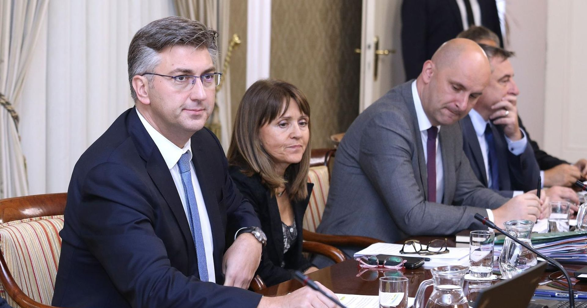 VLADA Plenković najavio izradu novog Zakona o referendumu