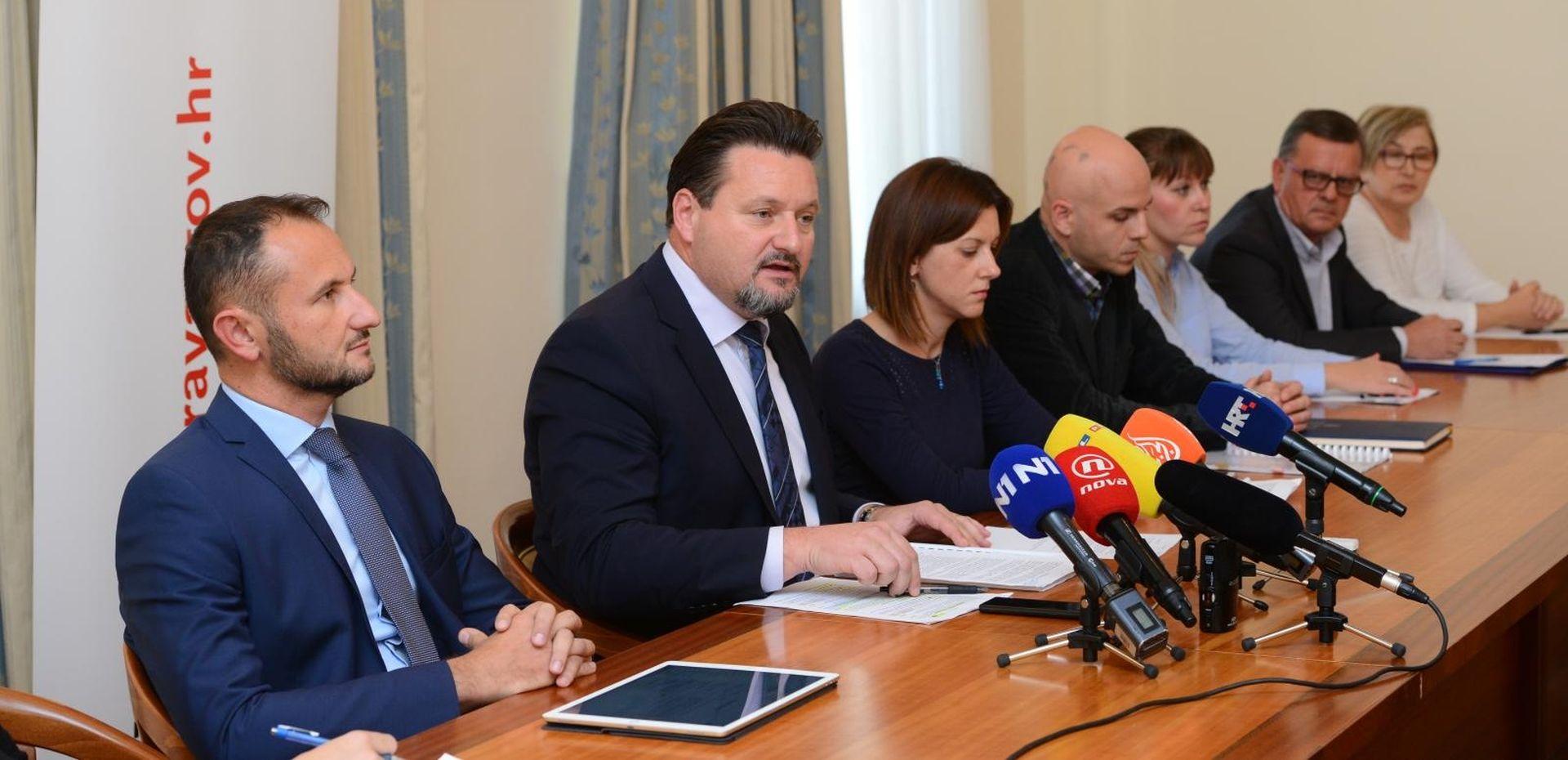 Ministarstvo objavilo tko sve želi pregledati neispravne potpise