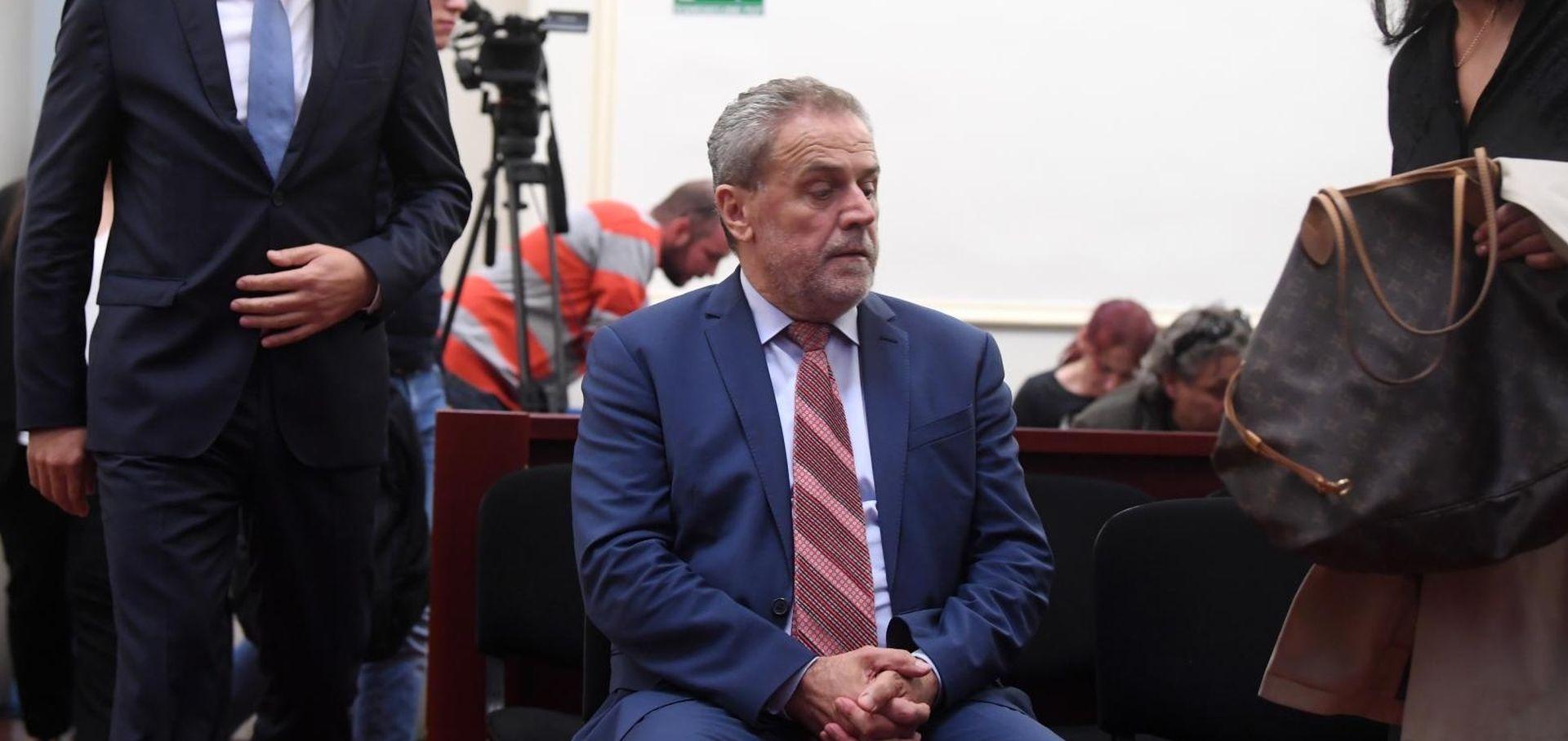 AFERA ŠTANDOVI Sud nepravomoćno oslobodio Milana Bandića