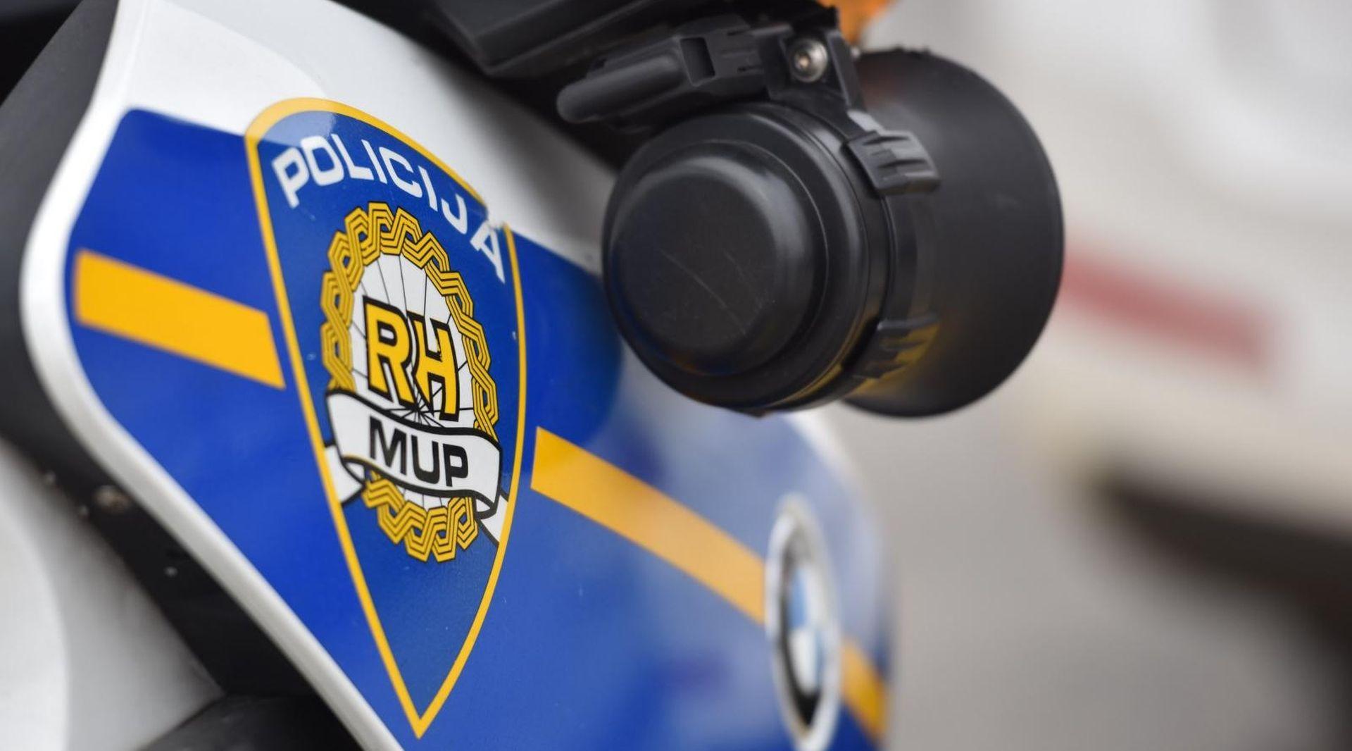 U nesreći na autocesti poginuo huligan uhićen zbog nereda u Beogradu
