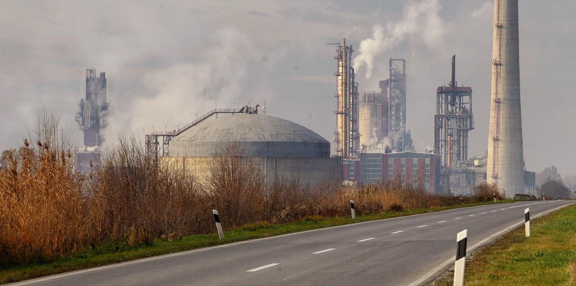 Vlada zbog dokapitalizacije Petrokemije održala telefonsku sjednicu