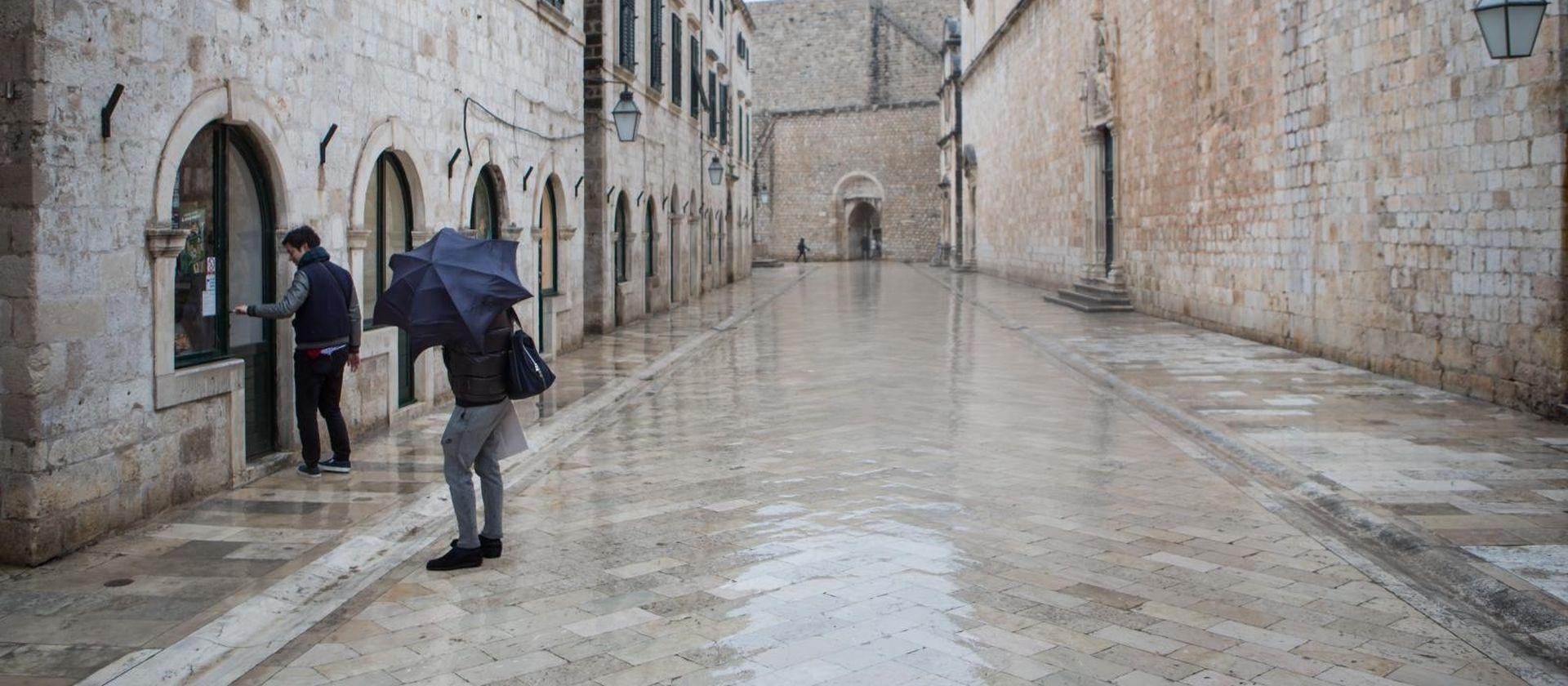 U tri sata u Dubrovniku palo 259 litara kiše po metru četvornom