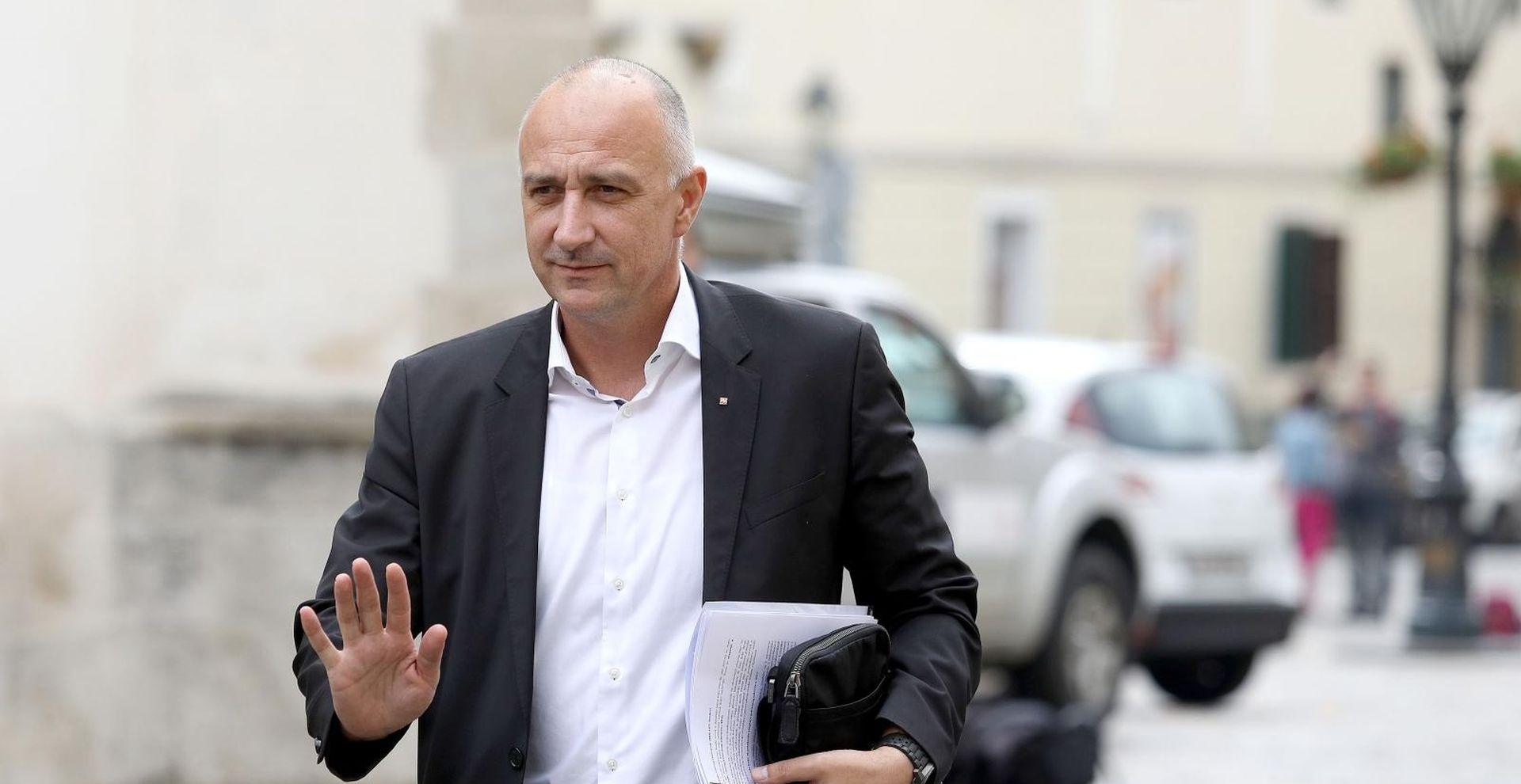 HNS kazneno prijavio Narod odlučuje i Istina o Istanbulskoj