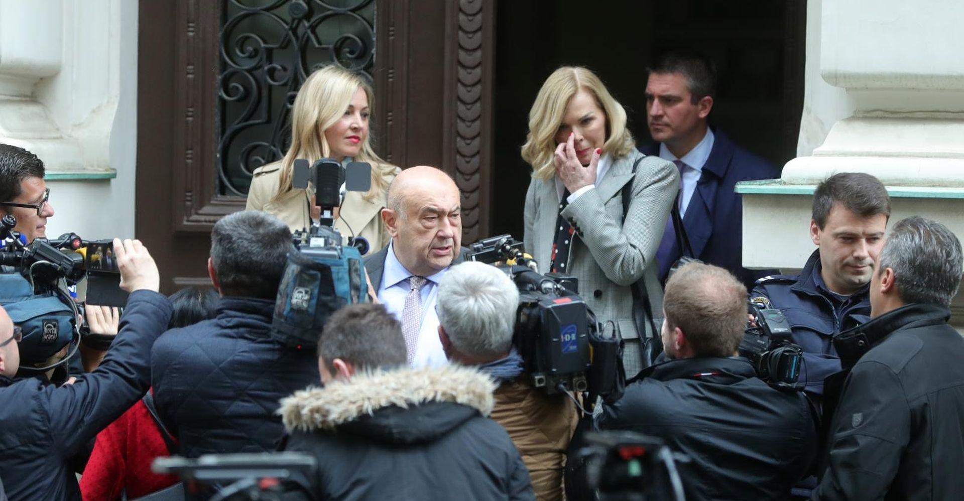 Sanaderovi odvjetnici nezadovoljni presudama