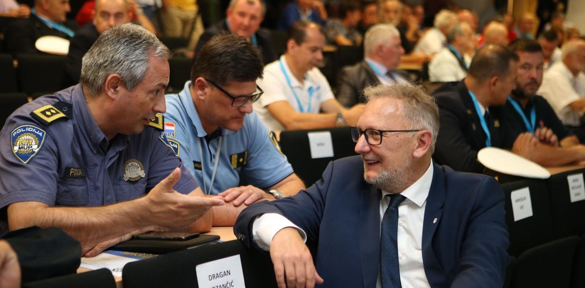 Šef splitske policije podnio ostavku