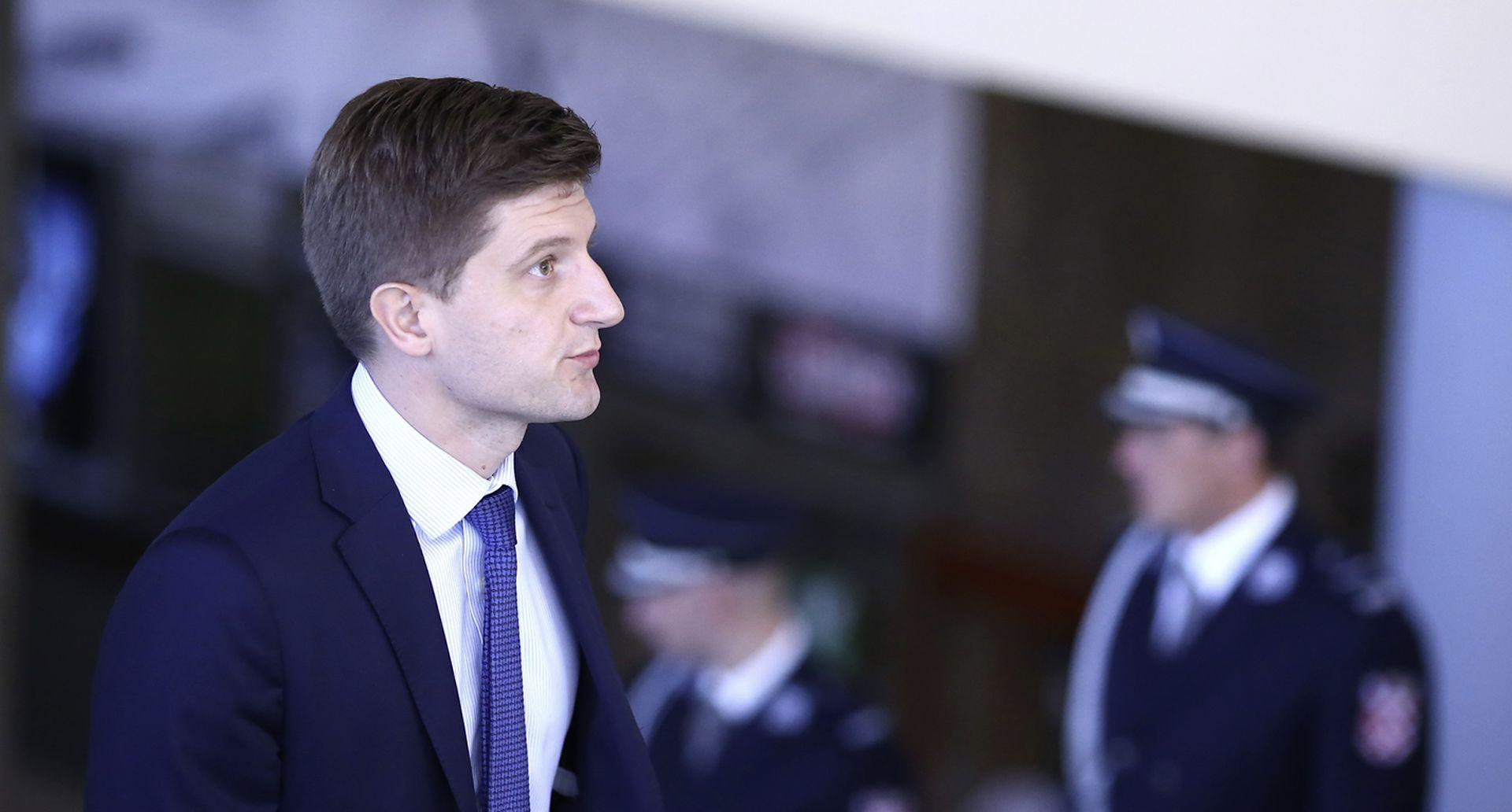 MARIĆ DRŽAVNIM TVRTKAMA 'Sredite poslovanje, država vam više neće davati jamstva'