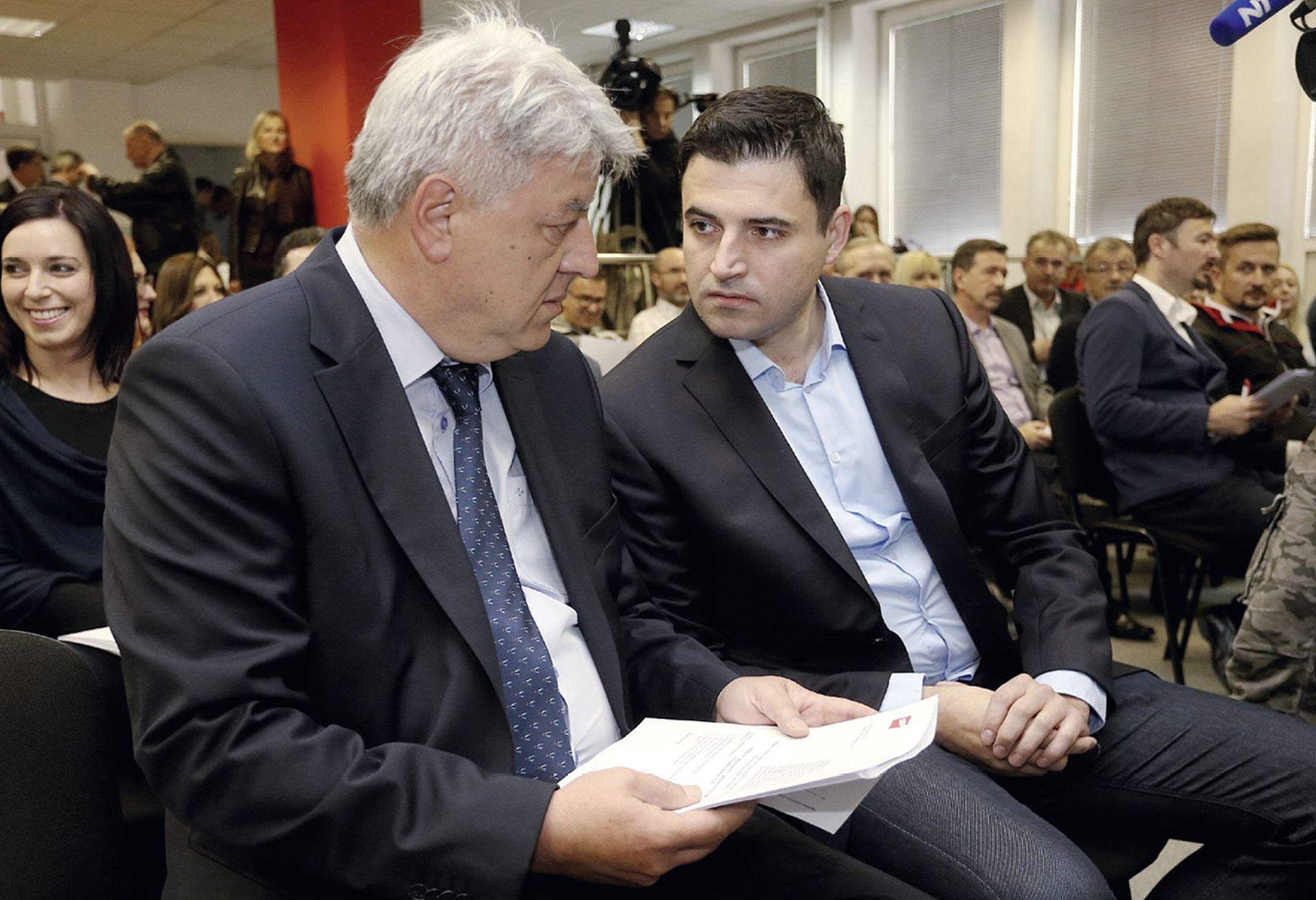 'Komadina je zbog svog kukavičluka postao grobar SDP-a'