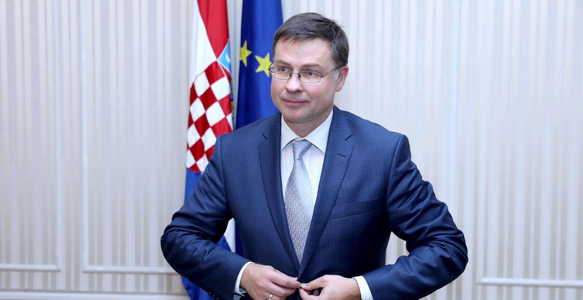"""DOMBROVSKIS """"EK podržava RH na putu prema euru"""""""