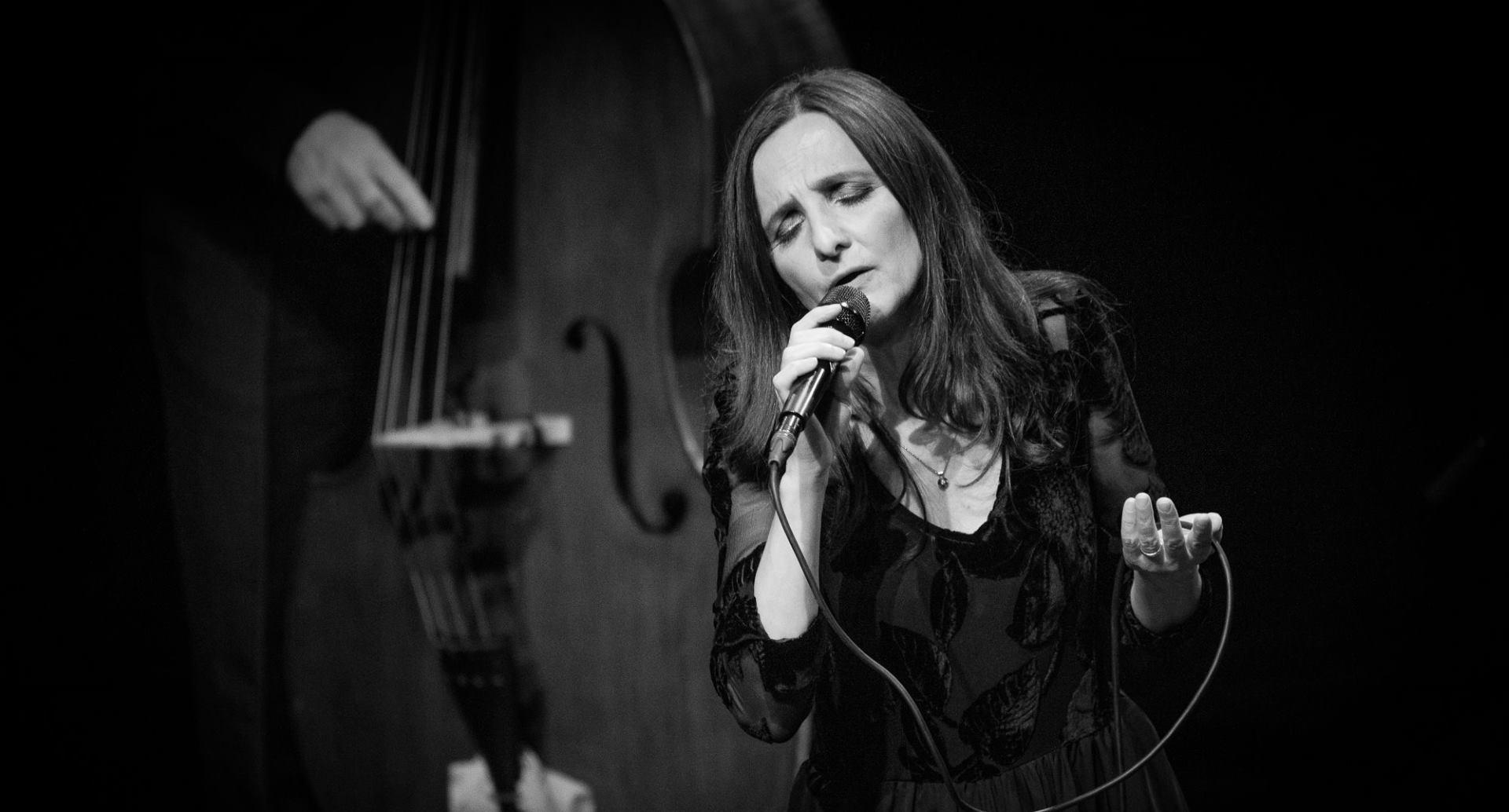 Tamara Obrovac & Transhistria Electric bend vas vode na jazz, etno i prog putovanje